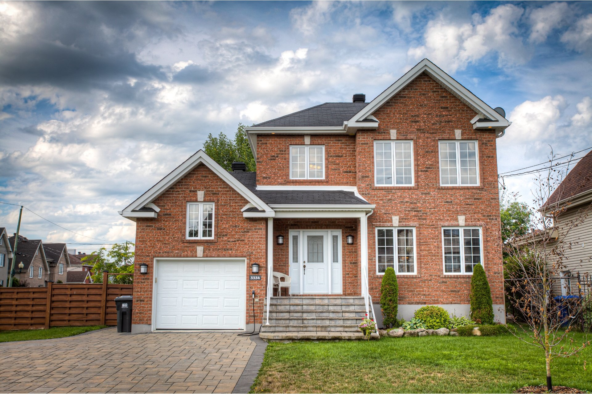 image 0 - House For sale Vaudreuil-Dorion - 9 rooms