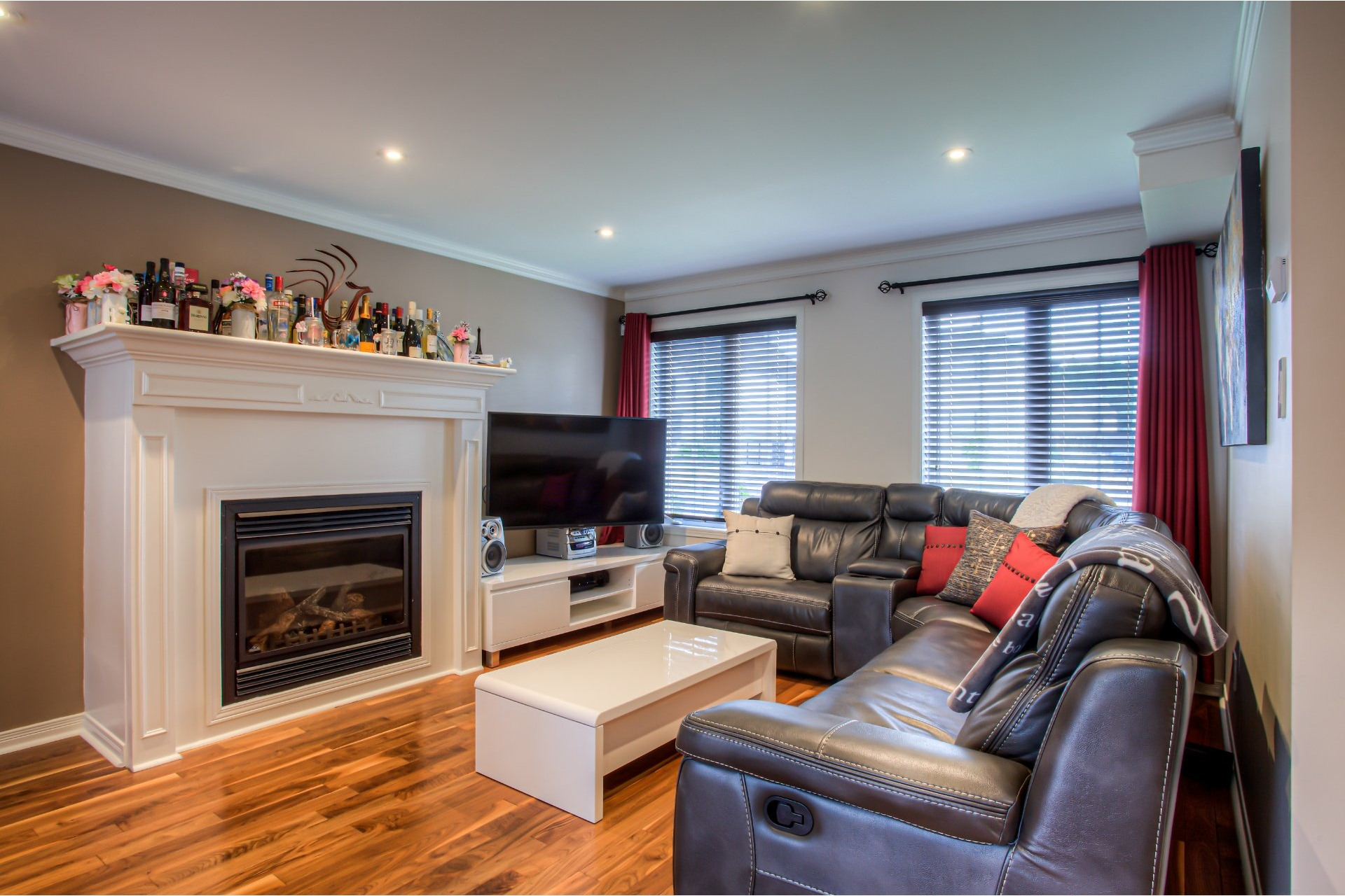 image 3 - House For sale Vaudreuil-Dorion - 9 rooms