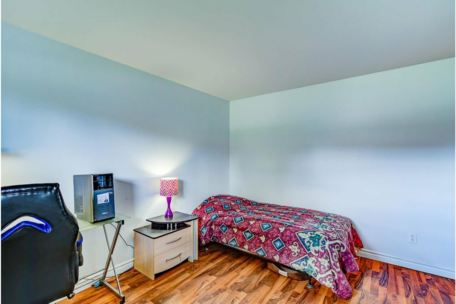 image 19 - House For sale Sainte-Anne-des-Plaines - 10 rooms