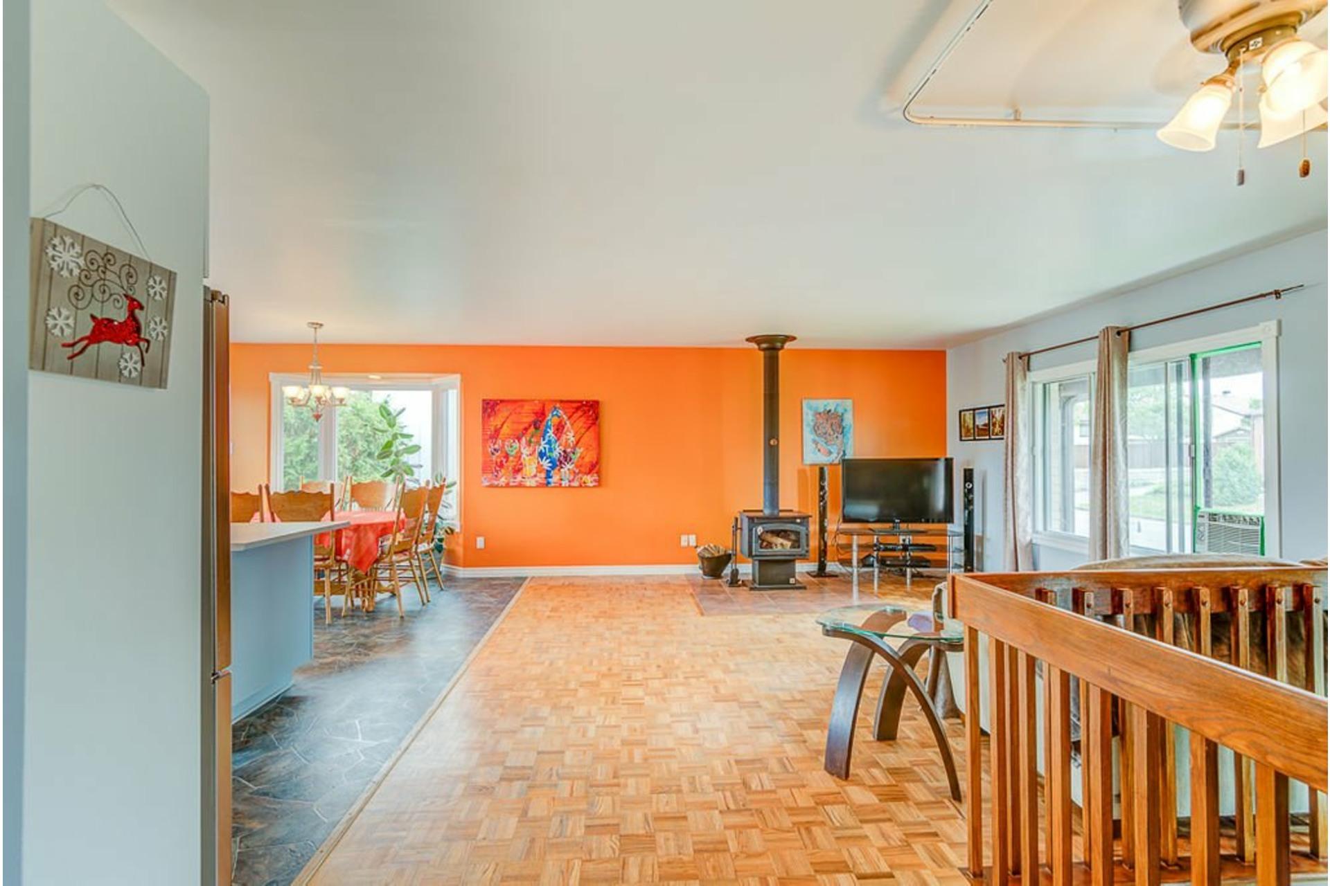image 1 - House For sale Sainte-Anne-des-Plaines - 10 rooms