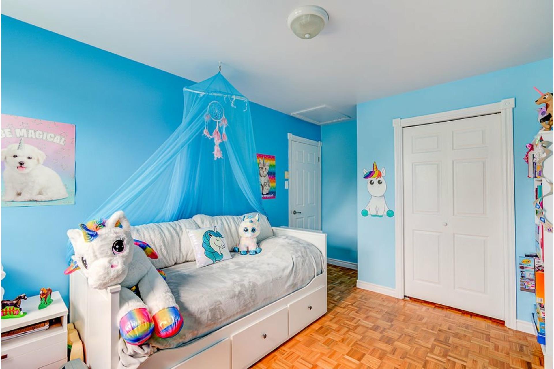image 11 - House For sale Sainte-Anne-des-Plaines - 10 rooms
