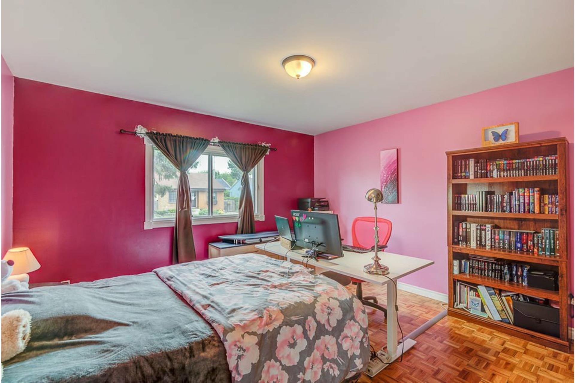 image 8 - House For sale Sainte-Anne-des-Plaines - 10 rooms