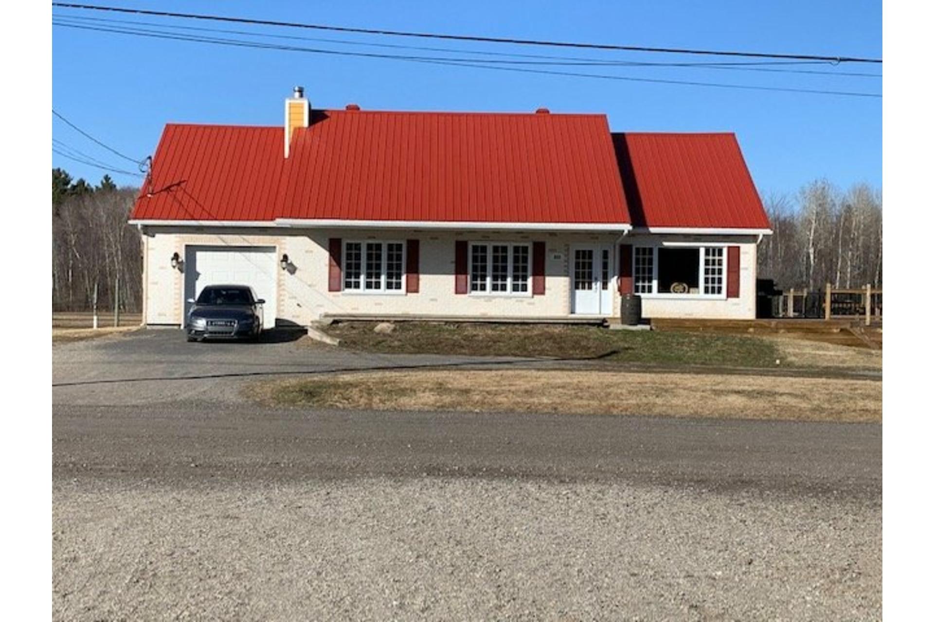 image 7 - Farm For sale Sainte-Marie-Salomé - 10 rooms