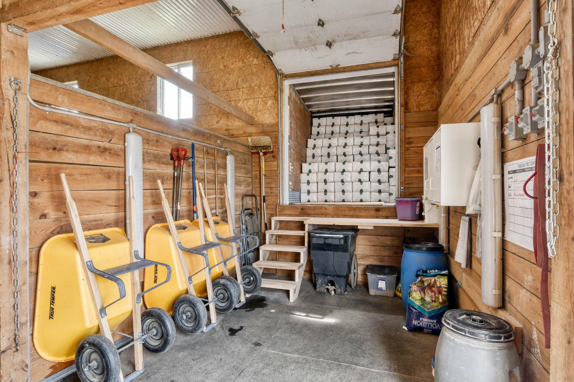 image 21 - Farm For sale Sainte-Marie-Salomé - 10 rooms