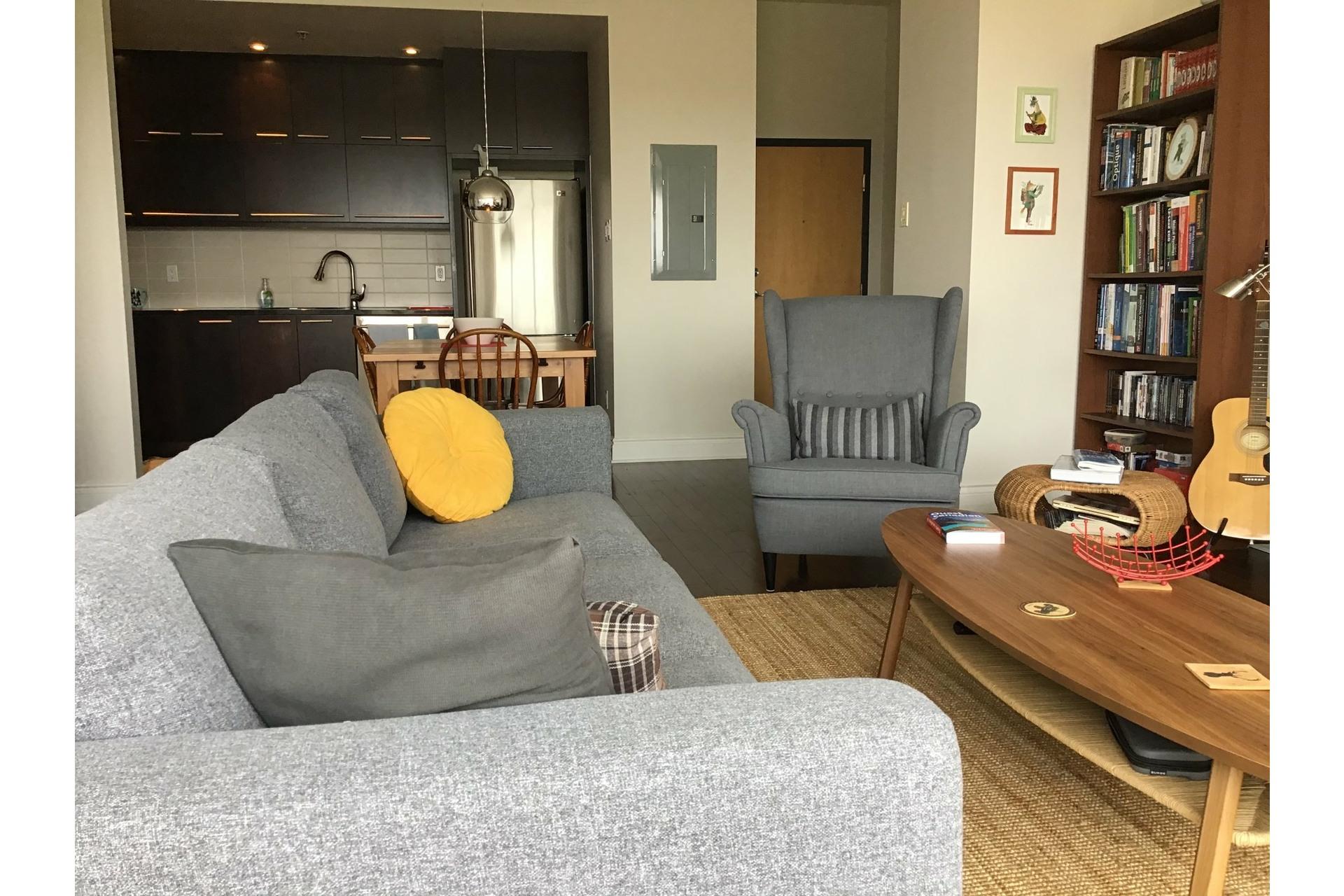 image 5 - Appartement À louer Le Plateau-Mont-Royal Montréal  - 4 pièces