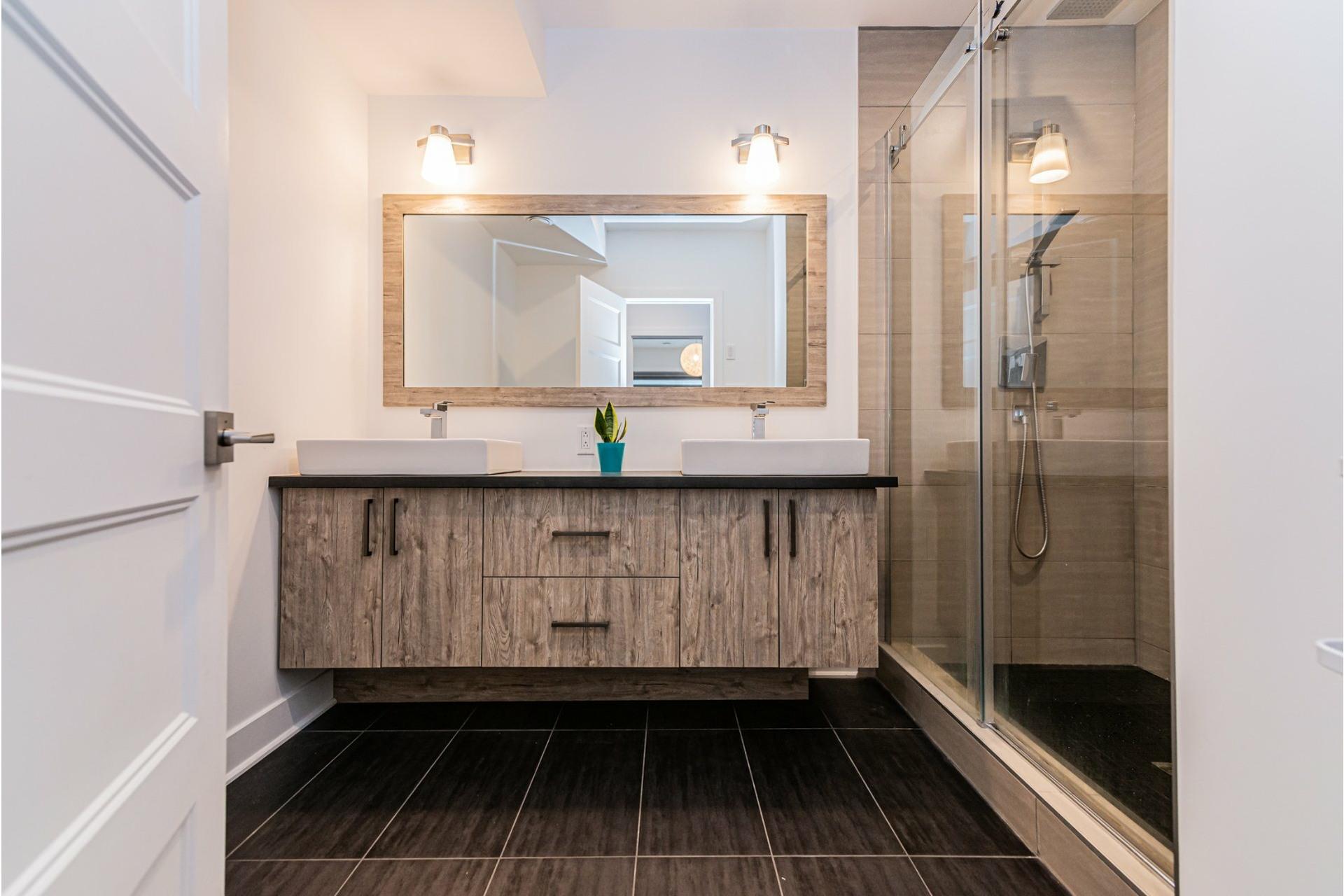 image 24 - Apartment For rent Rosemont/La Petite-Patrie Montréal  - 8 rooms