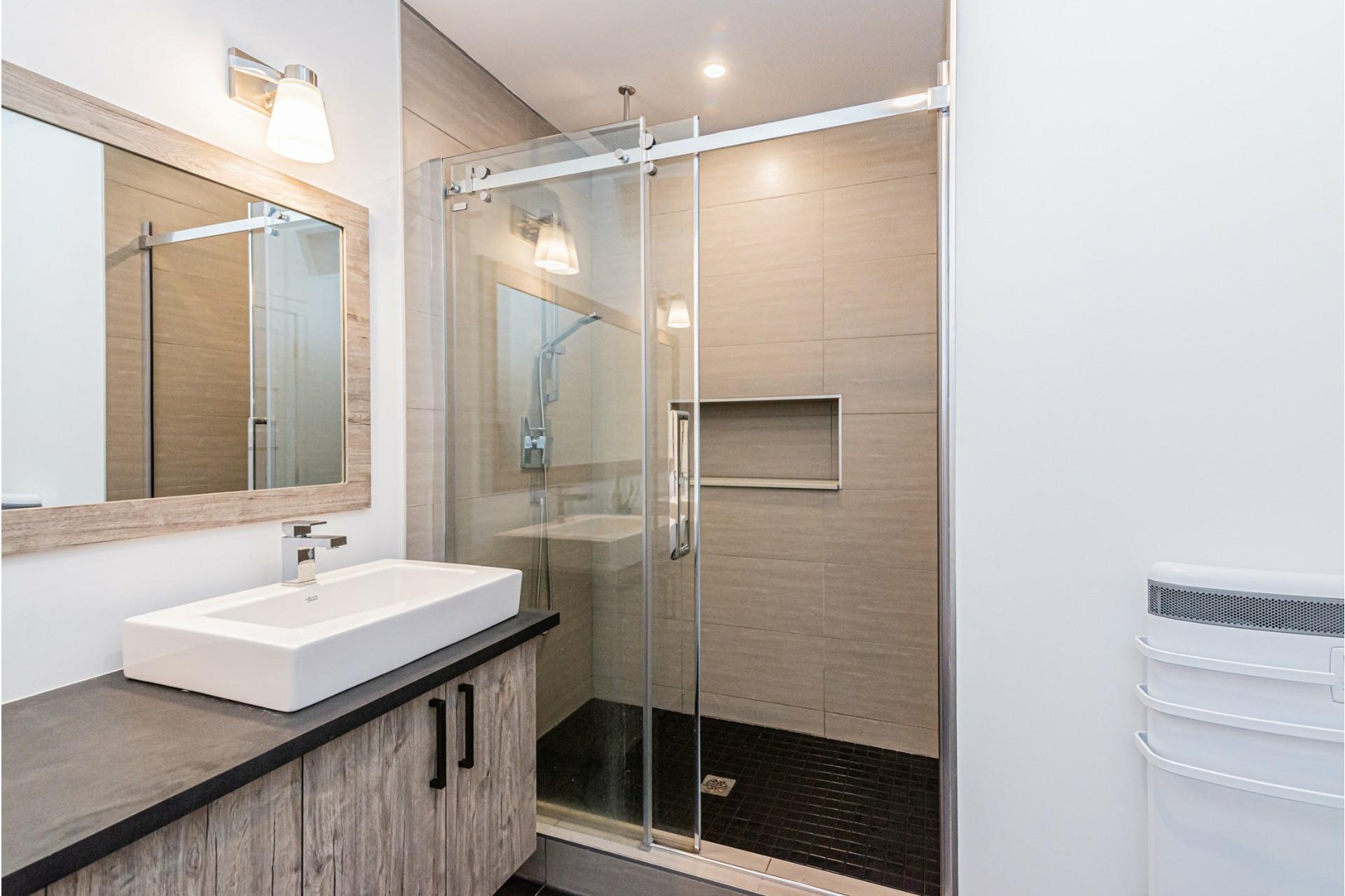 image 25 - Apartment For rent Rosemont/La Petite-Patrie Montréal  - 8 rooms