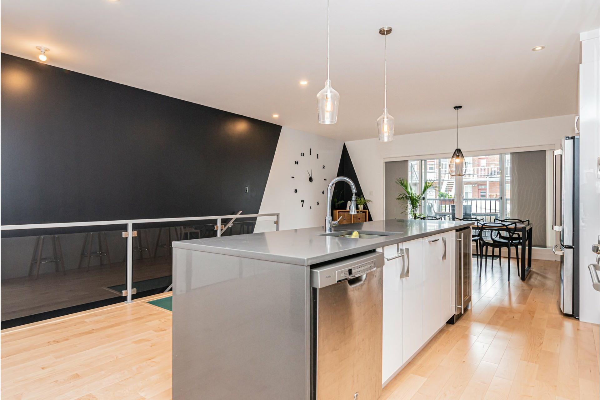 image 8 - Apartment For rent Rosemont/La Petite-Patrie Montréal  - 8 rooms