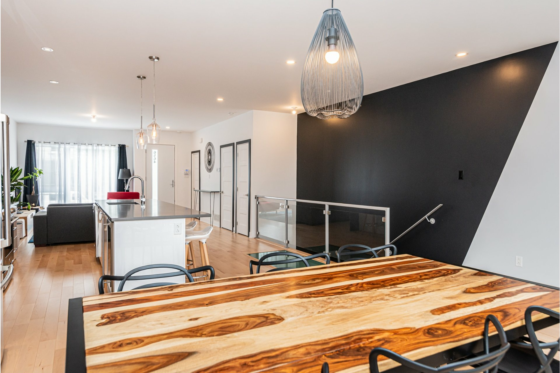 image 13 - Apartment For rent Rosemont/La Petite-Patrie Montréal  - 8 rooms