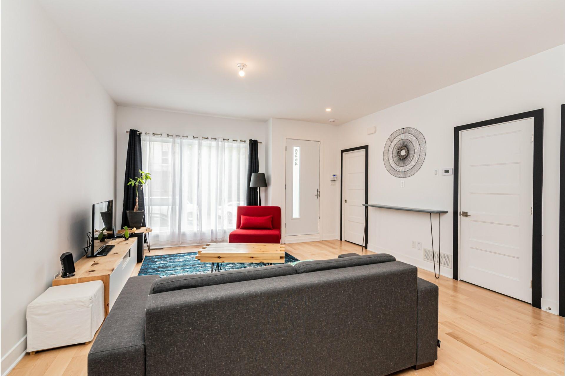 image 5 - Apartment For rent Rosemont/La Petite-Patrie Montréal  - 8 rooms