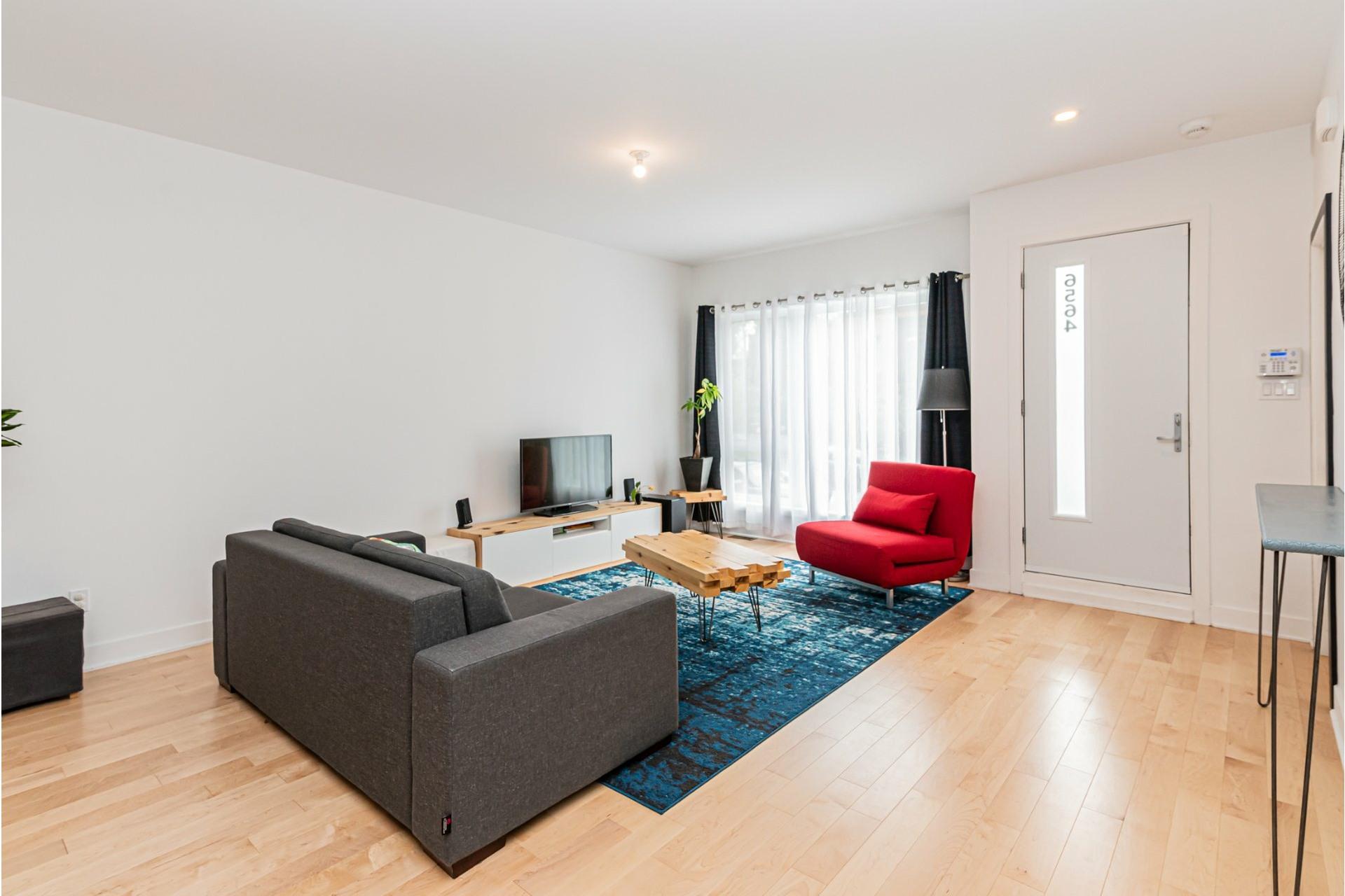 image 6 - Apartment For rent Rosemont/La Petite-Patrie Montréal  - 8 rooms