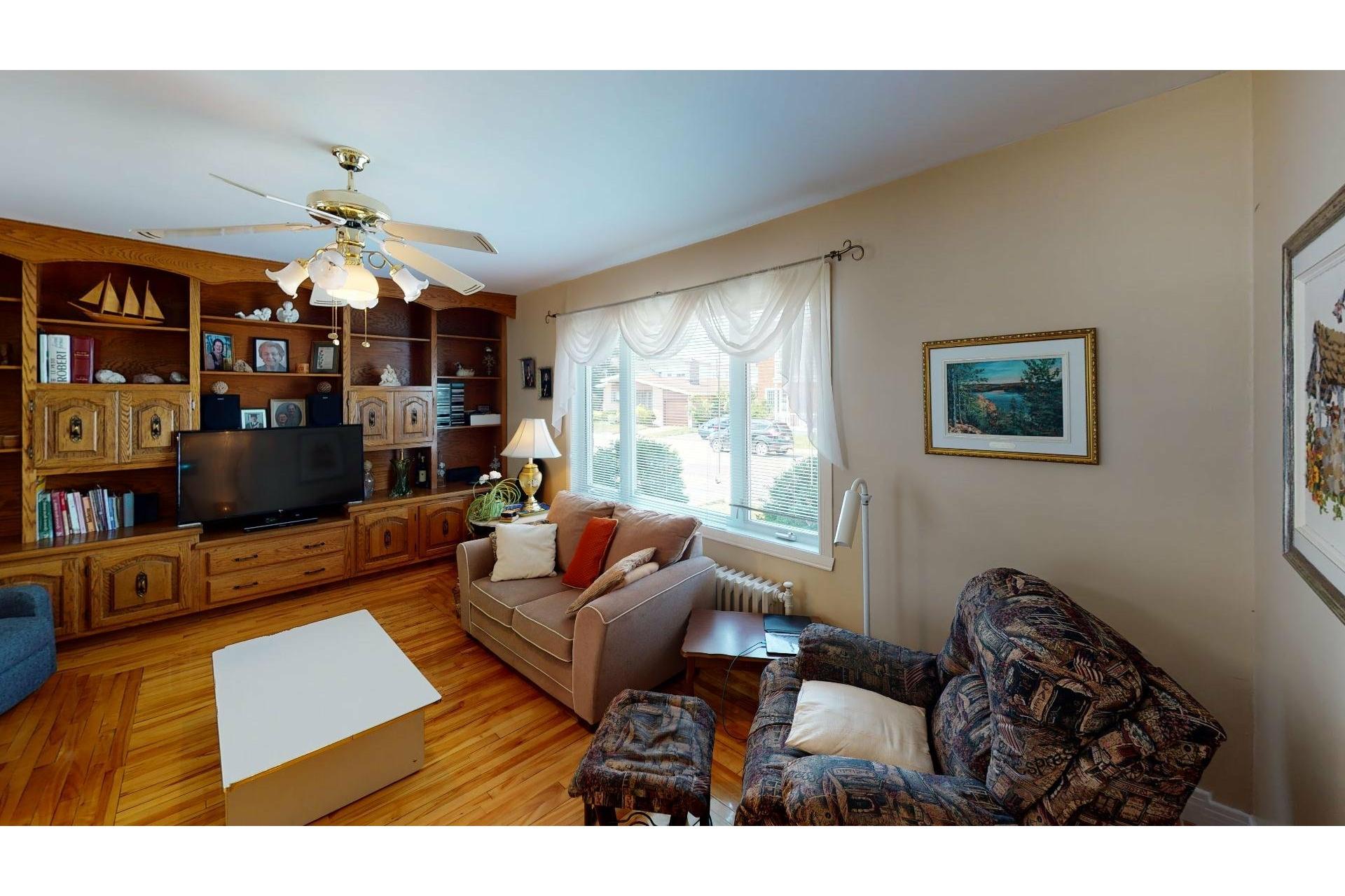 image 4 - Maison À vendre Shawinigan - 12 pièces