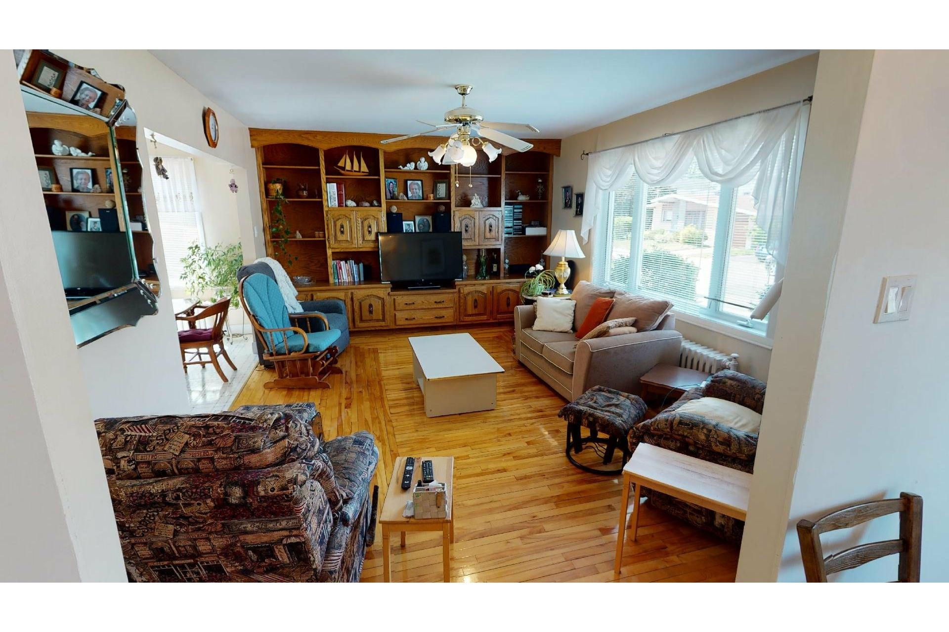 image 6 - Maison À vendre Shawinigan - 12 pièces