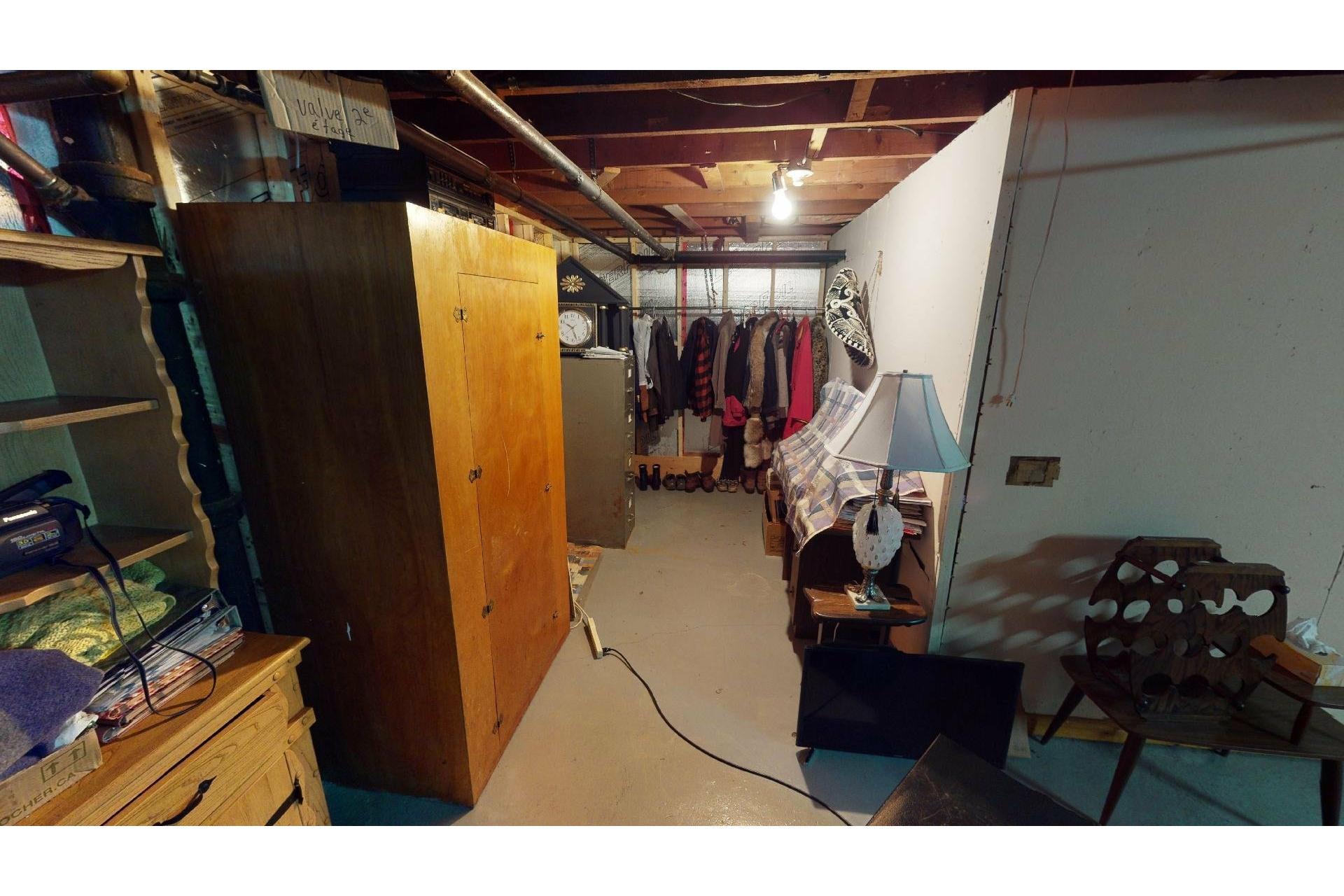 image 27 - Maison À vendre Shawinigan - 12 pièces
