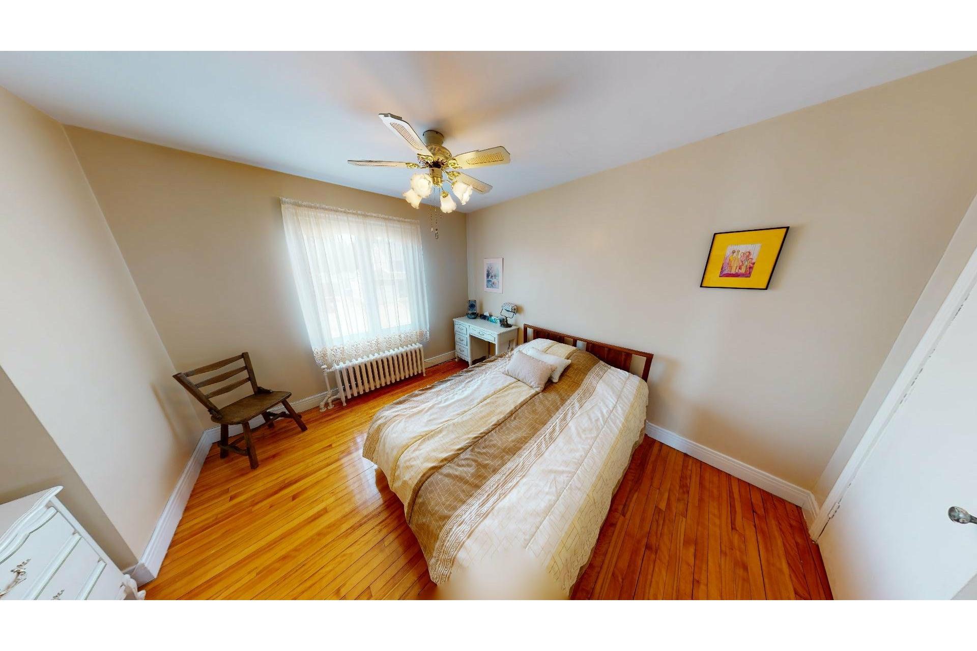 image 17 - Maison À vendre Shawinigan - 12 pièces