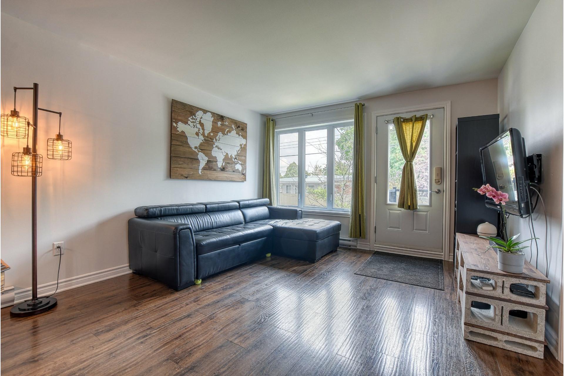 image 1 - Appartement À vendre Laval-des-Rapides Laval  - 6 pièces
