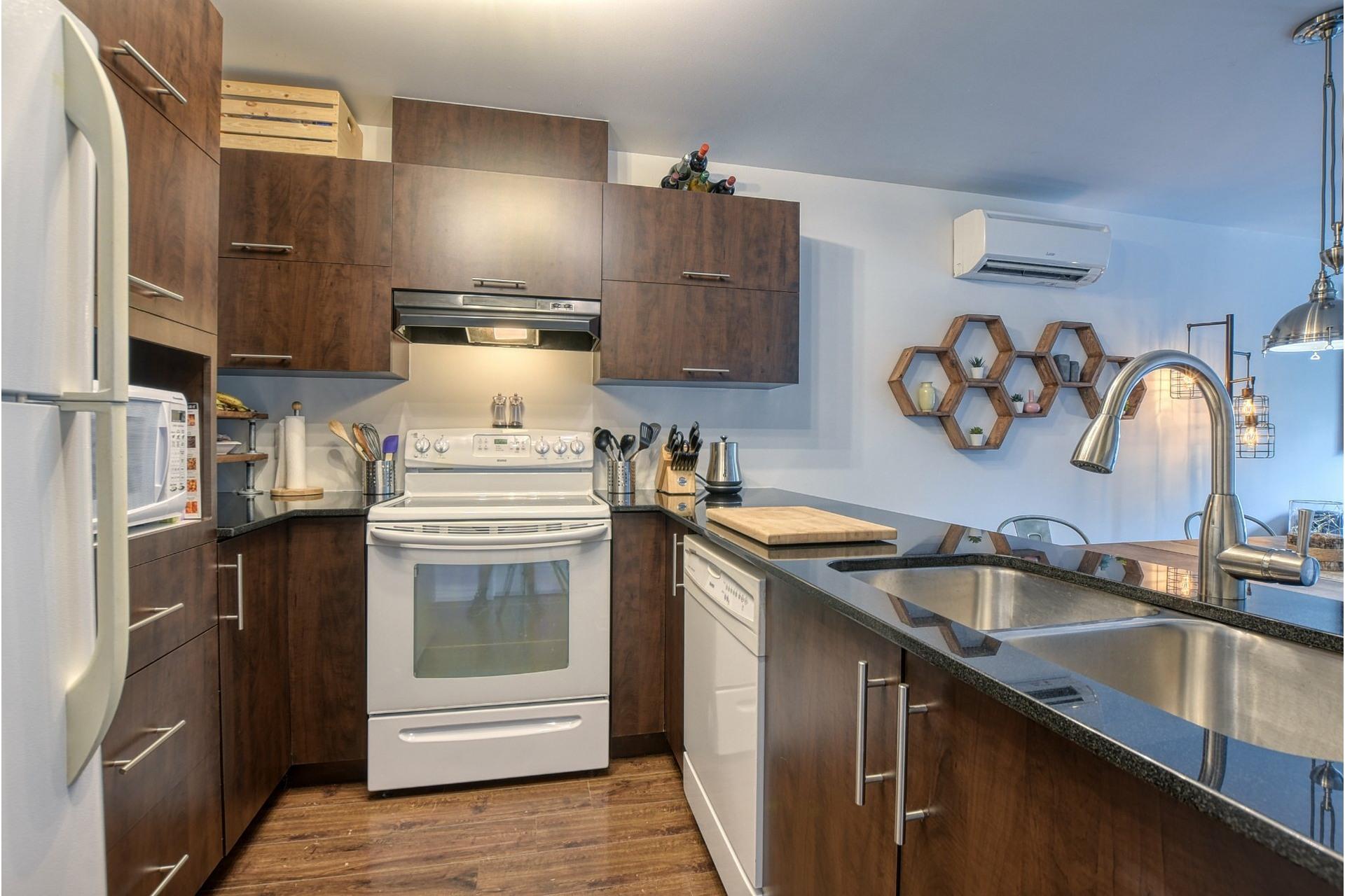 image 7 - Appartement À vendre Laval-des-Rapides Laval  - 6 pièces
