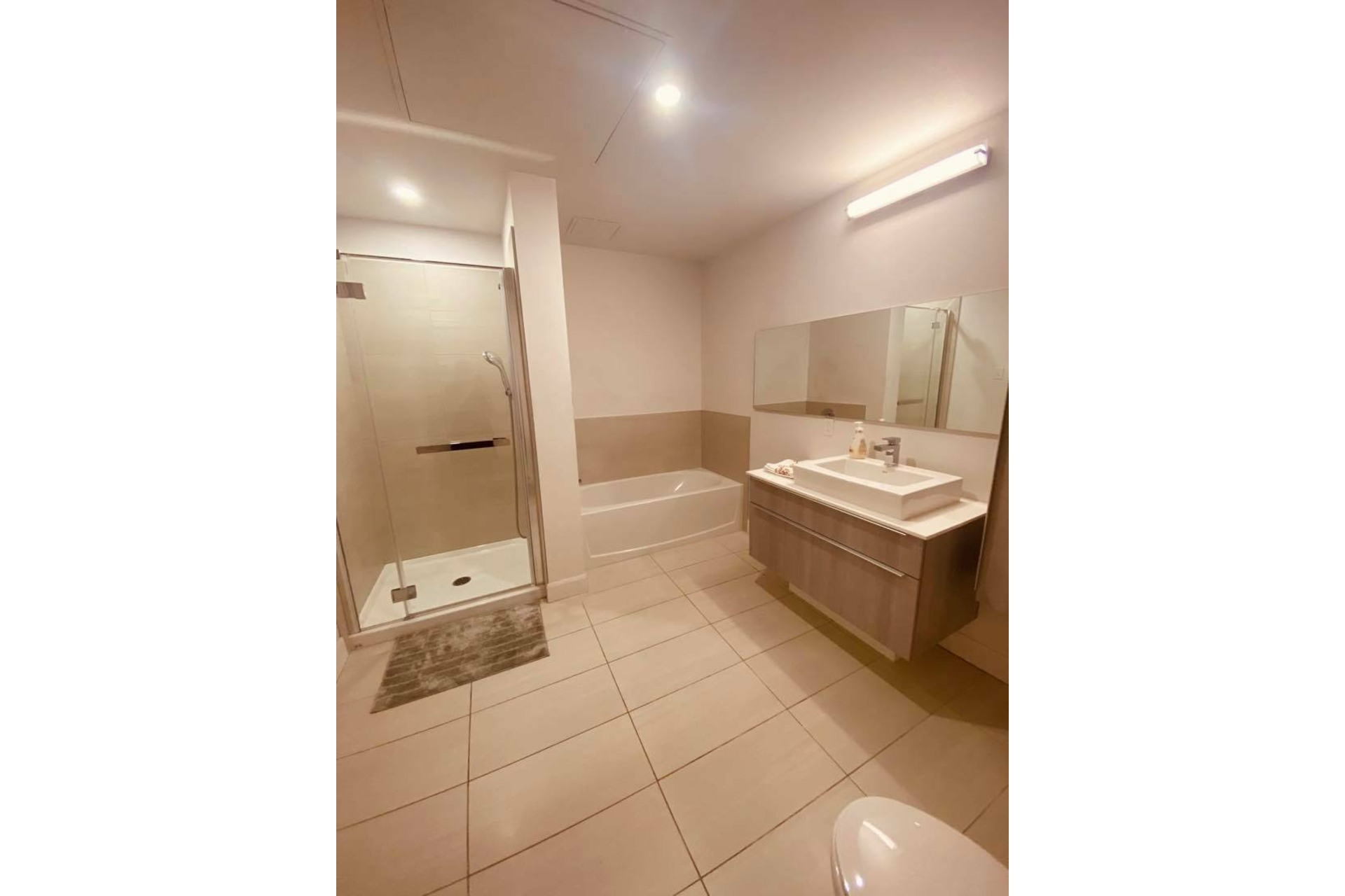 image 10 - Apartment For rent Chomedey Laval  - 5 rooms