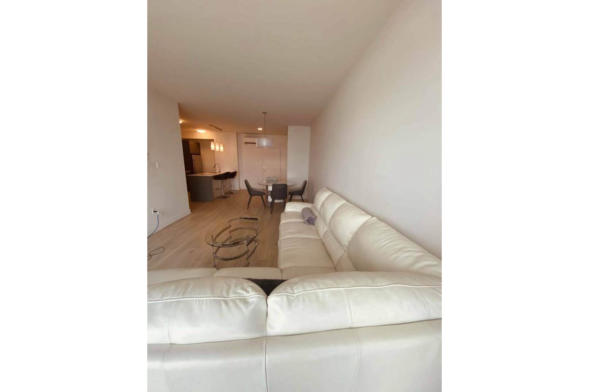 image 7 - Apartment For rent Chomedey Laval  - 5 rooms
