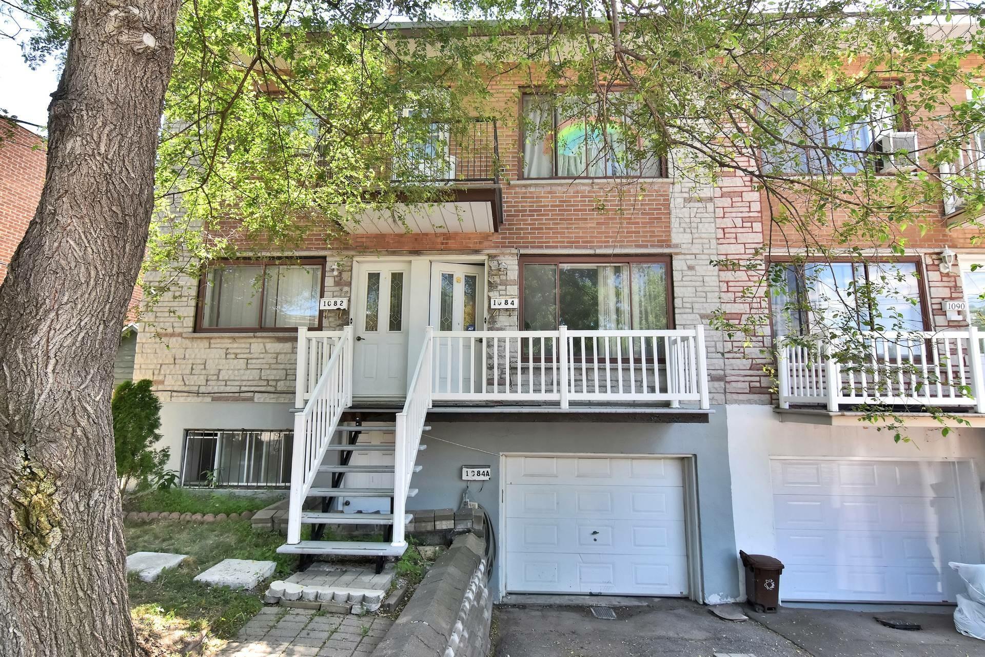 image 0 - Duplex For sale Rivière-des-Prairies/Pointe-aux-Trembles Montréal  - 5 rooms