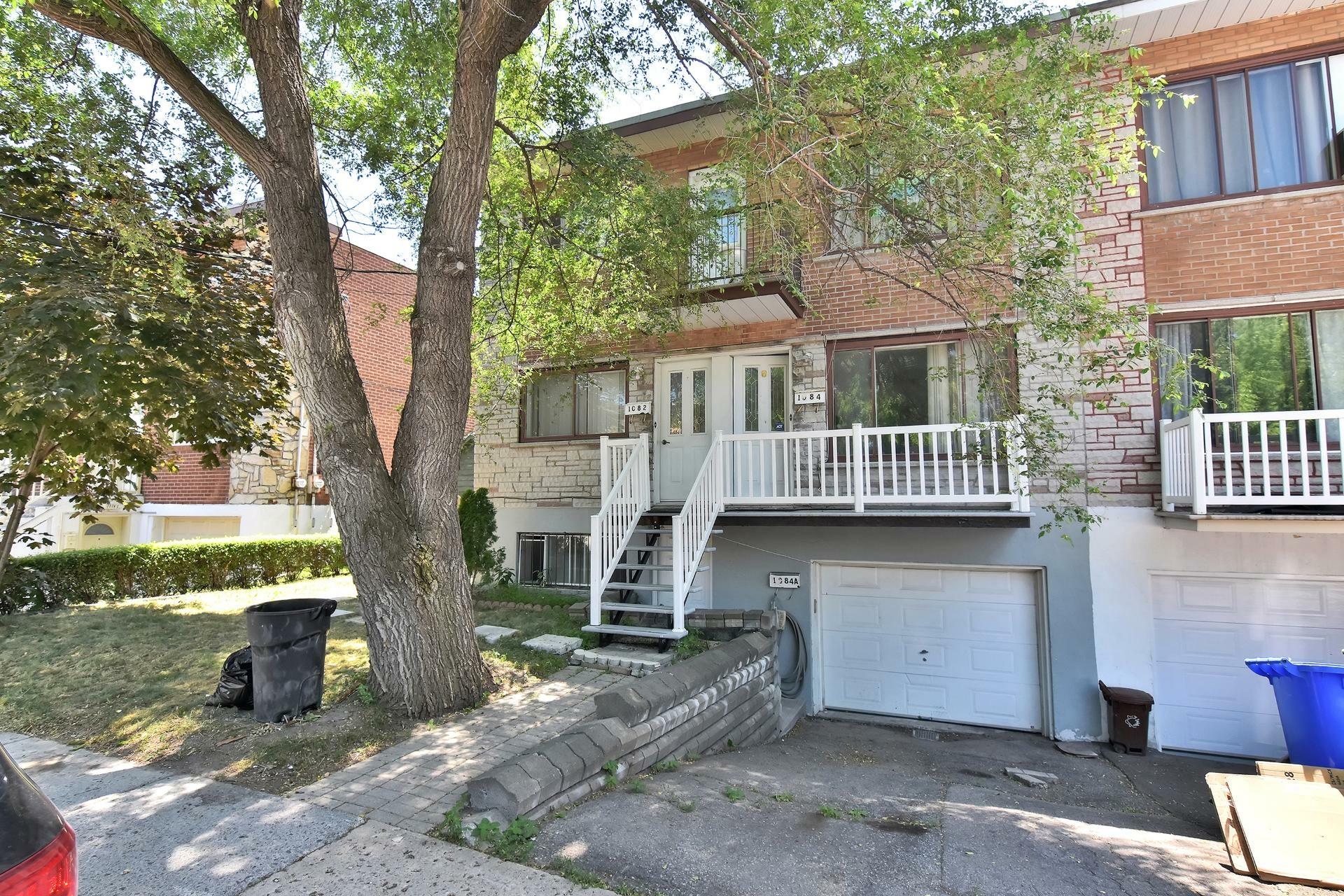 image 1 - Duplex For sale Rivière-des-Prairies/Pointe-aux-Trembles Montréal  - 5 rooms