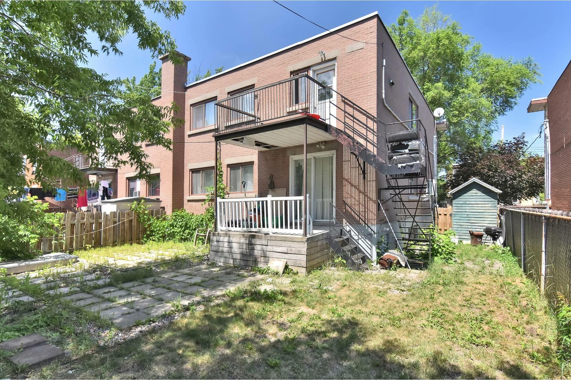 image 21 - Duplex For sale Rivière-des-Prairies/Pointe-aux-Trembles Montréal  - 5 rooms