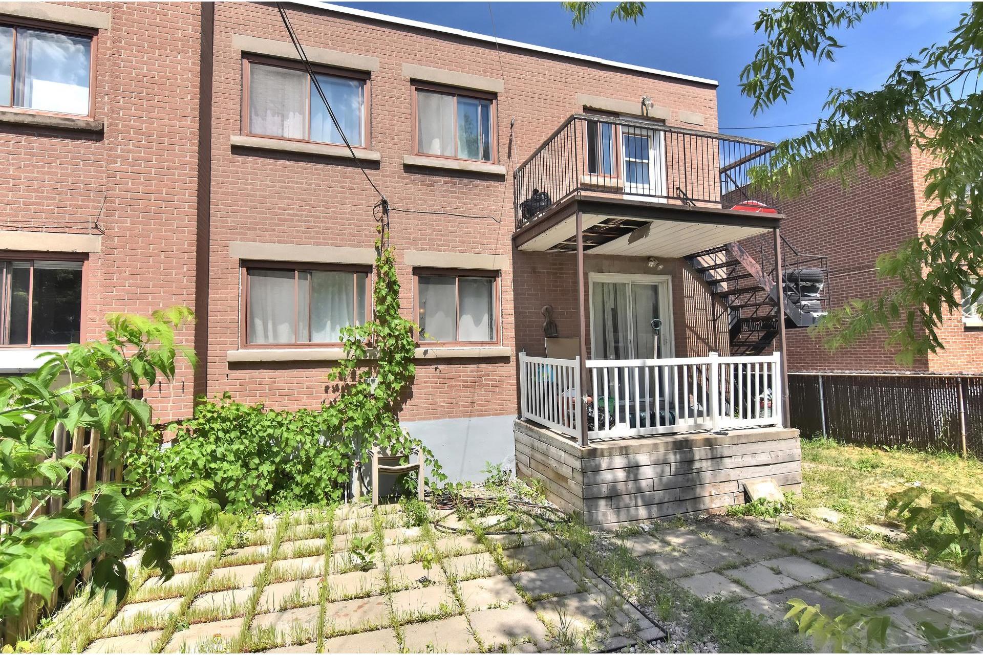image 23 - Duplex For sale Rivière-des-Prairies/Pointe-aux-Trembles Montréal  - 5 rooms