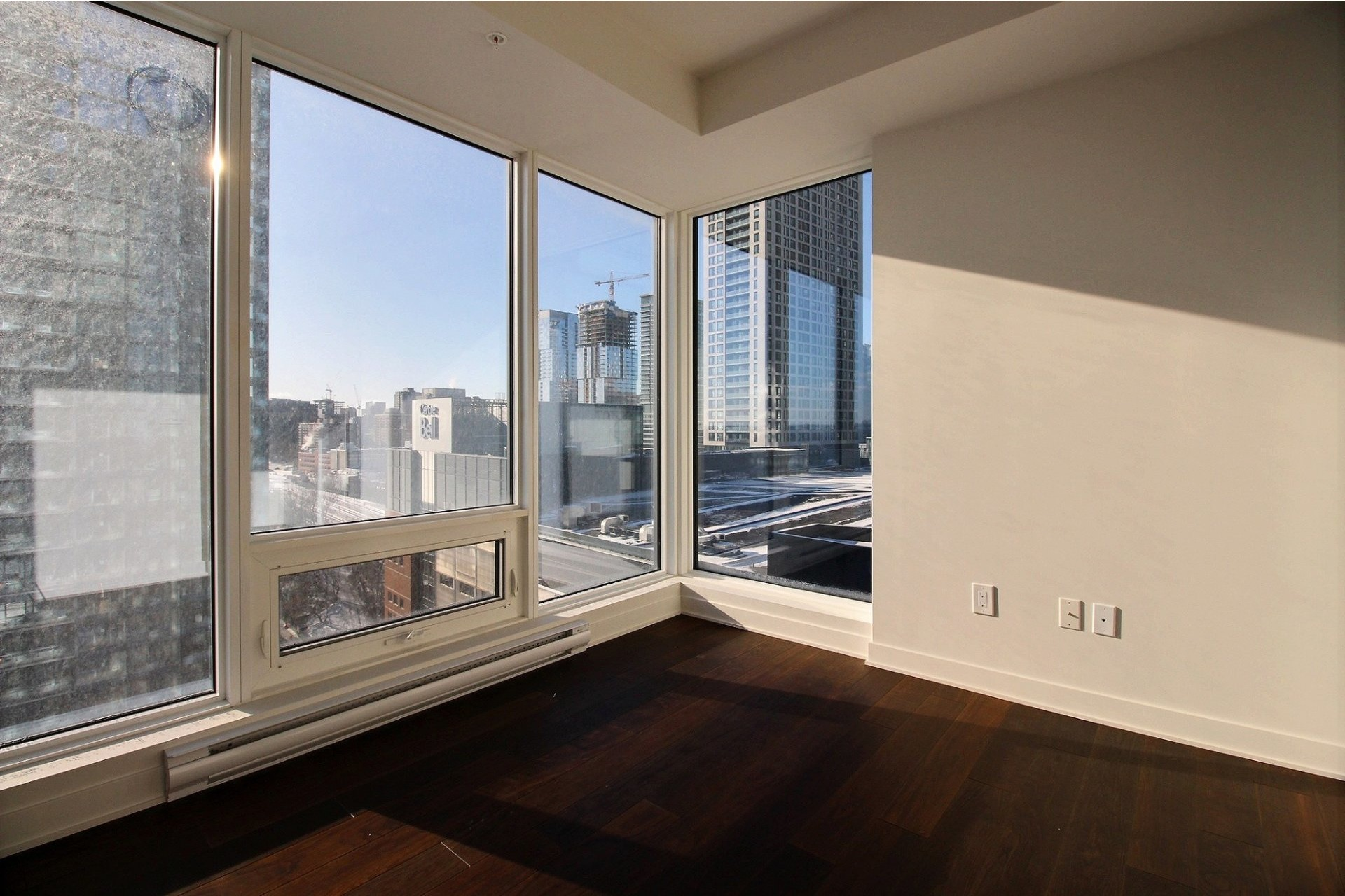 image 11 - Appartement À louer Ville-Marie Montréal  - 7 pièces