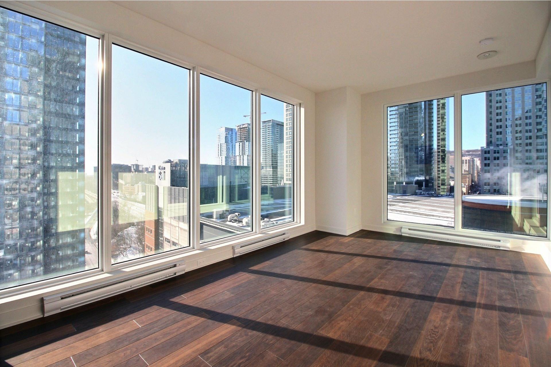 image 2 - Apartment For rent Ville-Marie Montréal  - 7 rooms