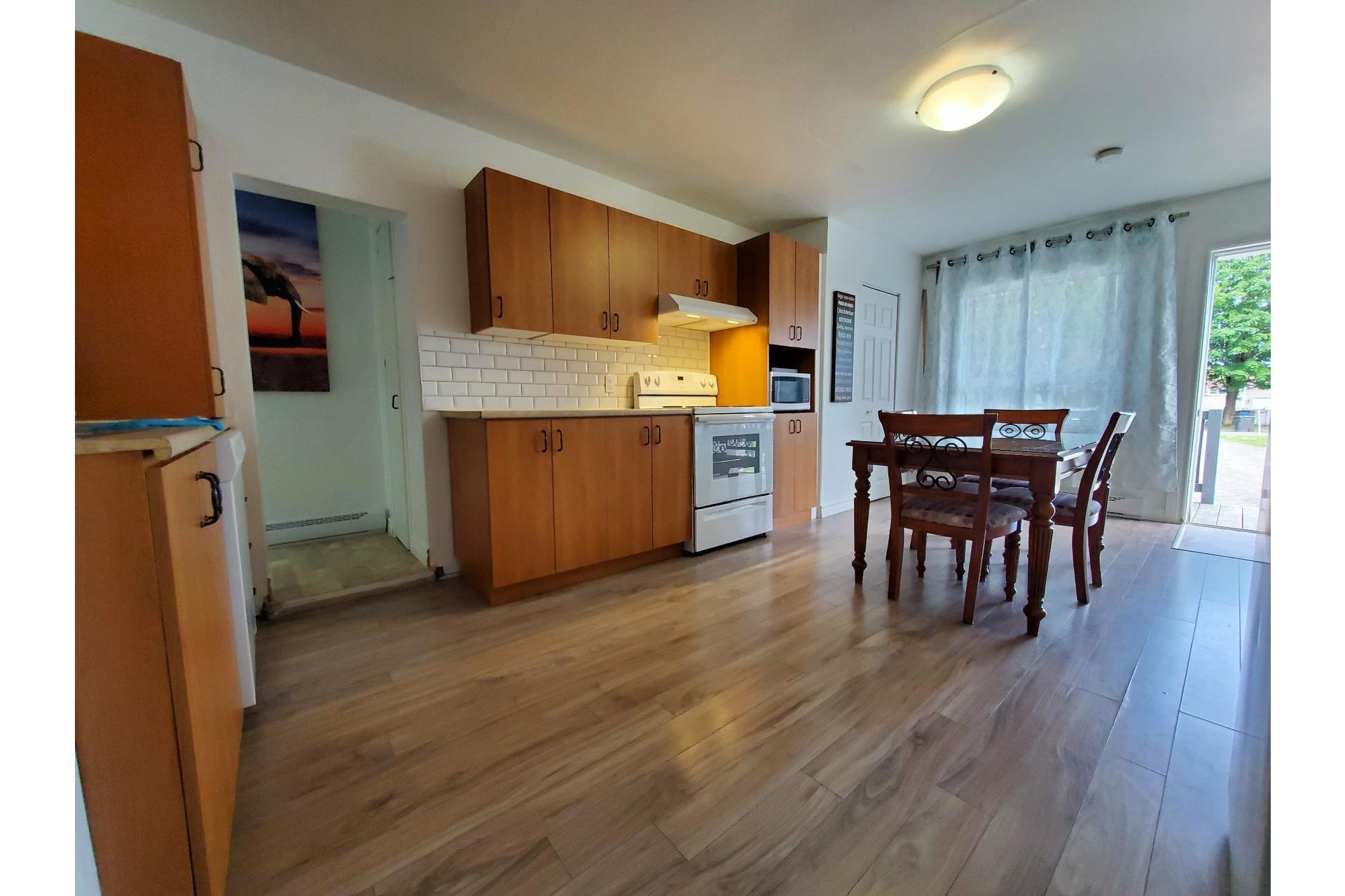 image 3 - Duplex For sale Trois-Rivières - 6 rooms