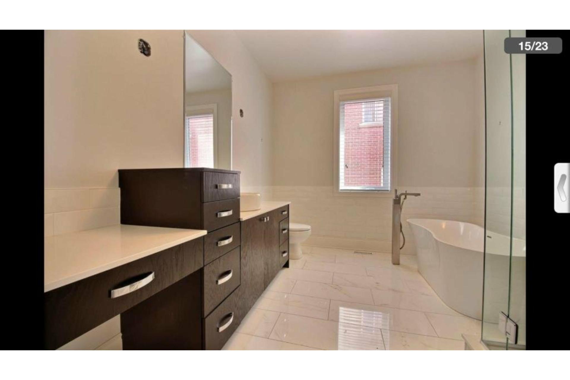 image 12 - Apartment For rent Saint-Laurent Montréal  - 10 rooms