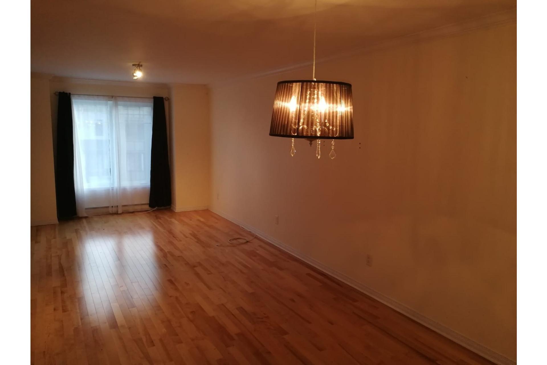 image 7 - Appartement À vendre Mirabel - 9 pièces