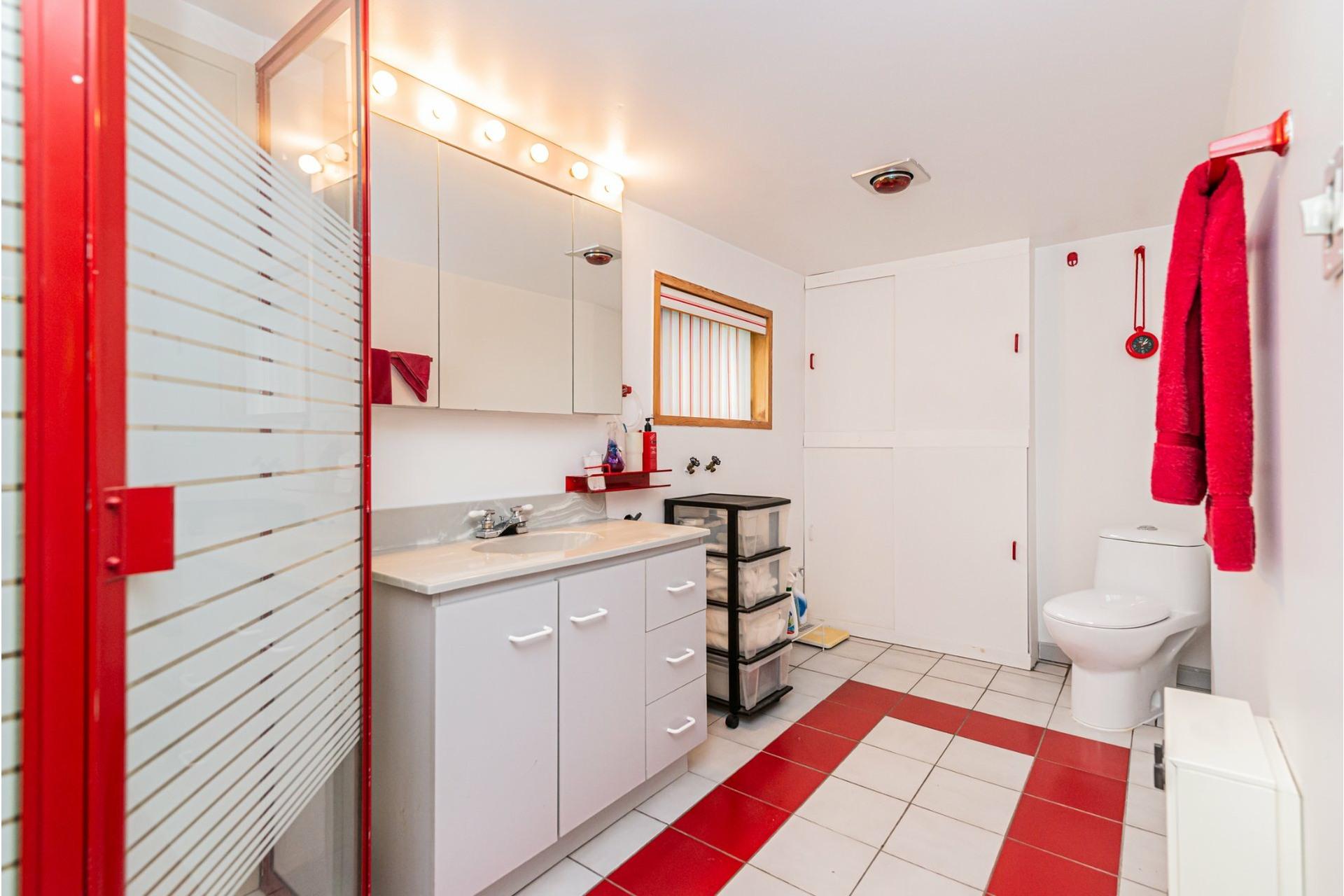 image 16 - Duplex À vendre Mercier/Hochelaga-Maisonneuve Montréal  - 4 pièces