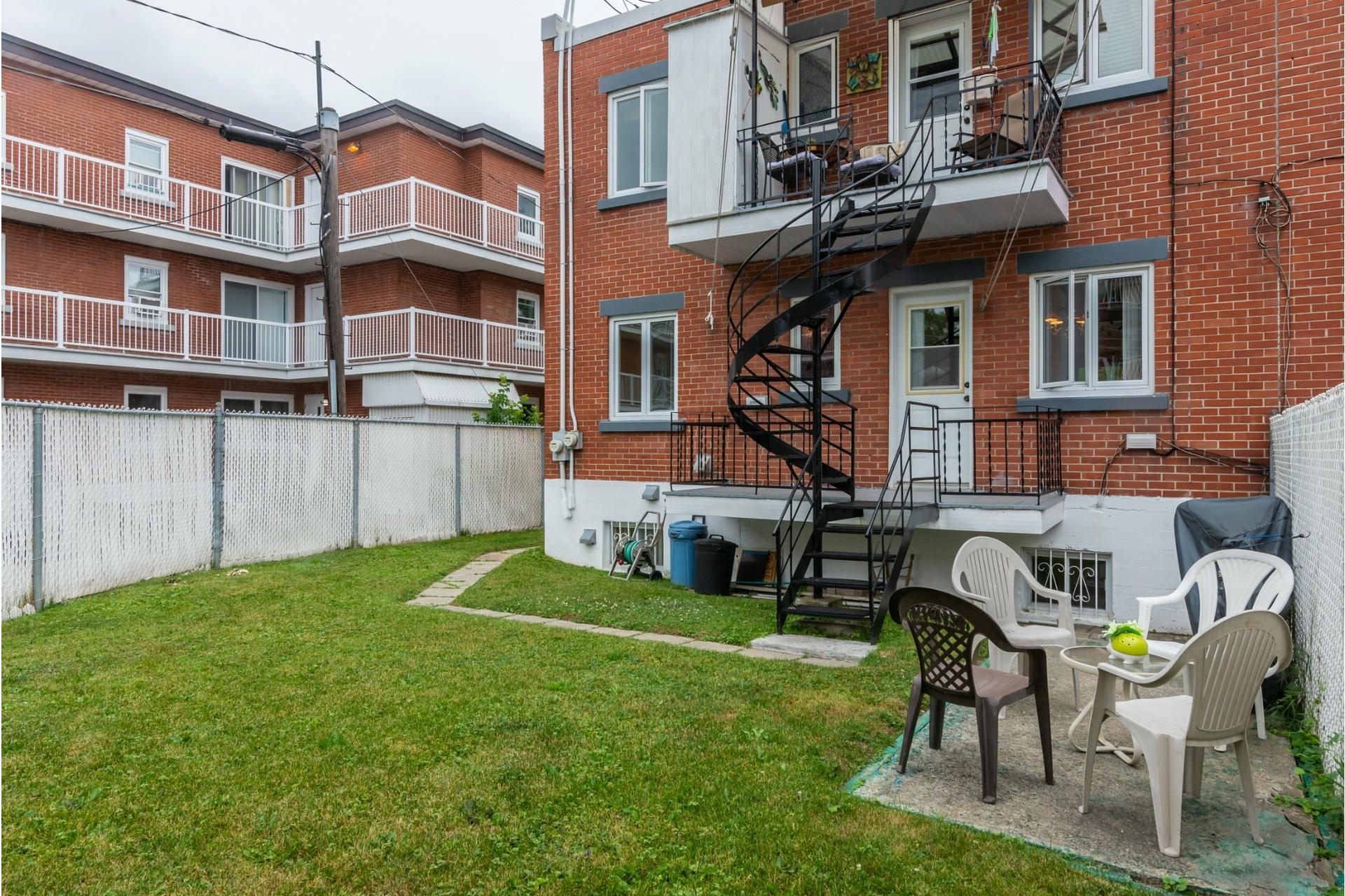 image 2 - Duplex À vendre Mercier/Hochelaga-Maisonneuve Montréal  - 4 pièces
