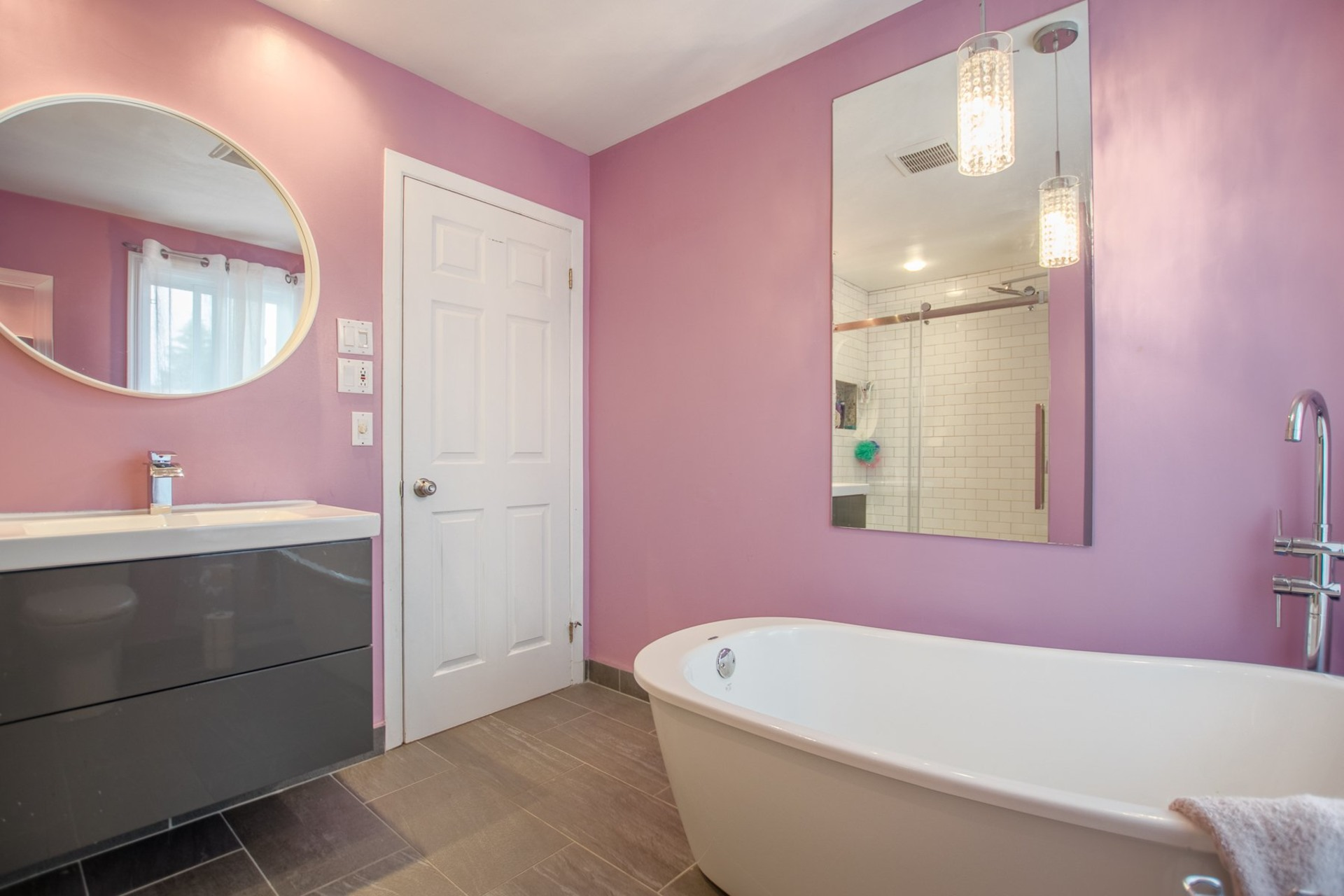 image 10 - House For sale Beauharnois - 10 rooms