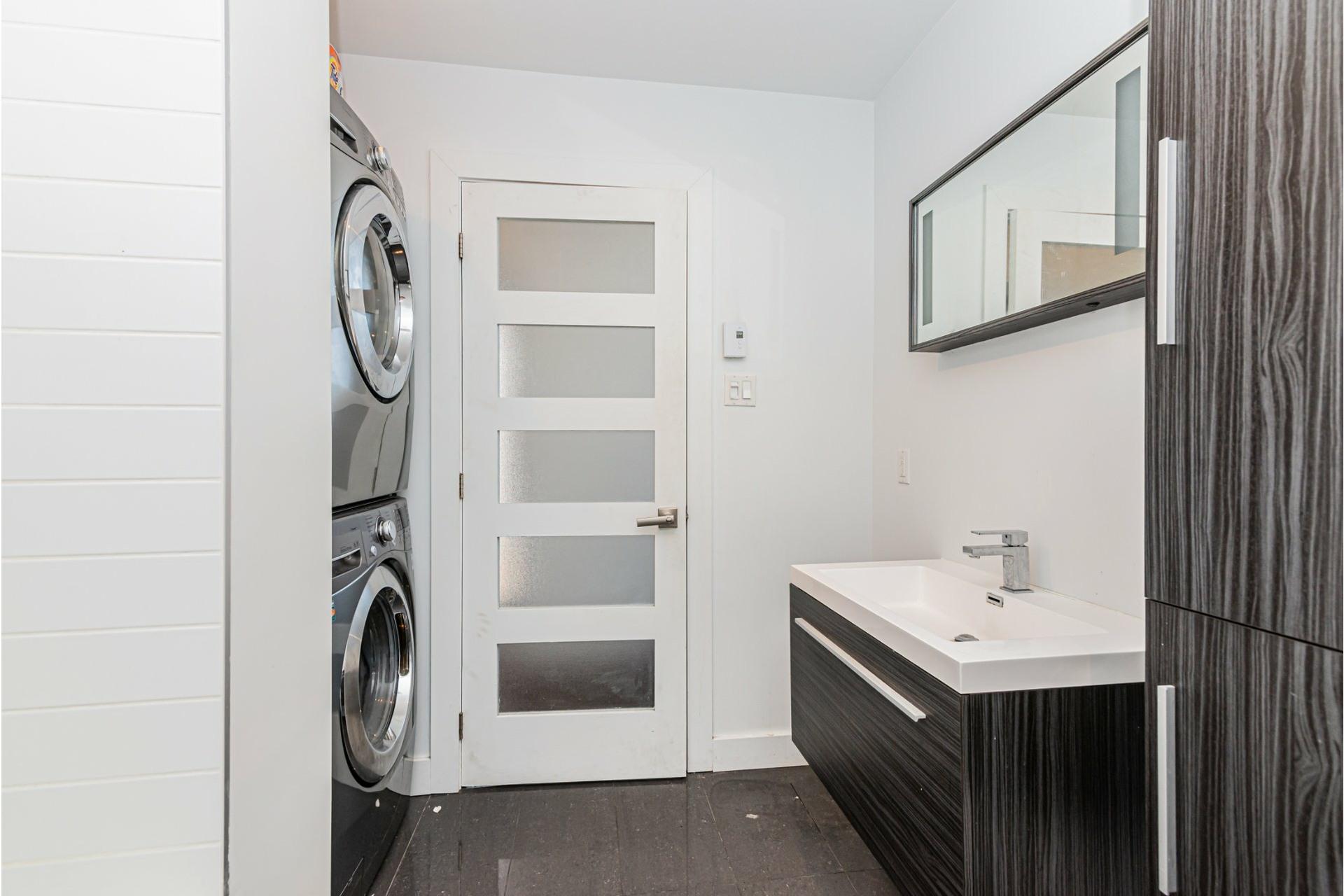 image 24 - Appartement À louer Le Plateau-Mont-Royal Montréal  - 7 pièces