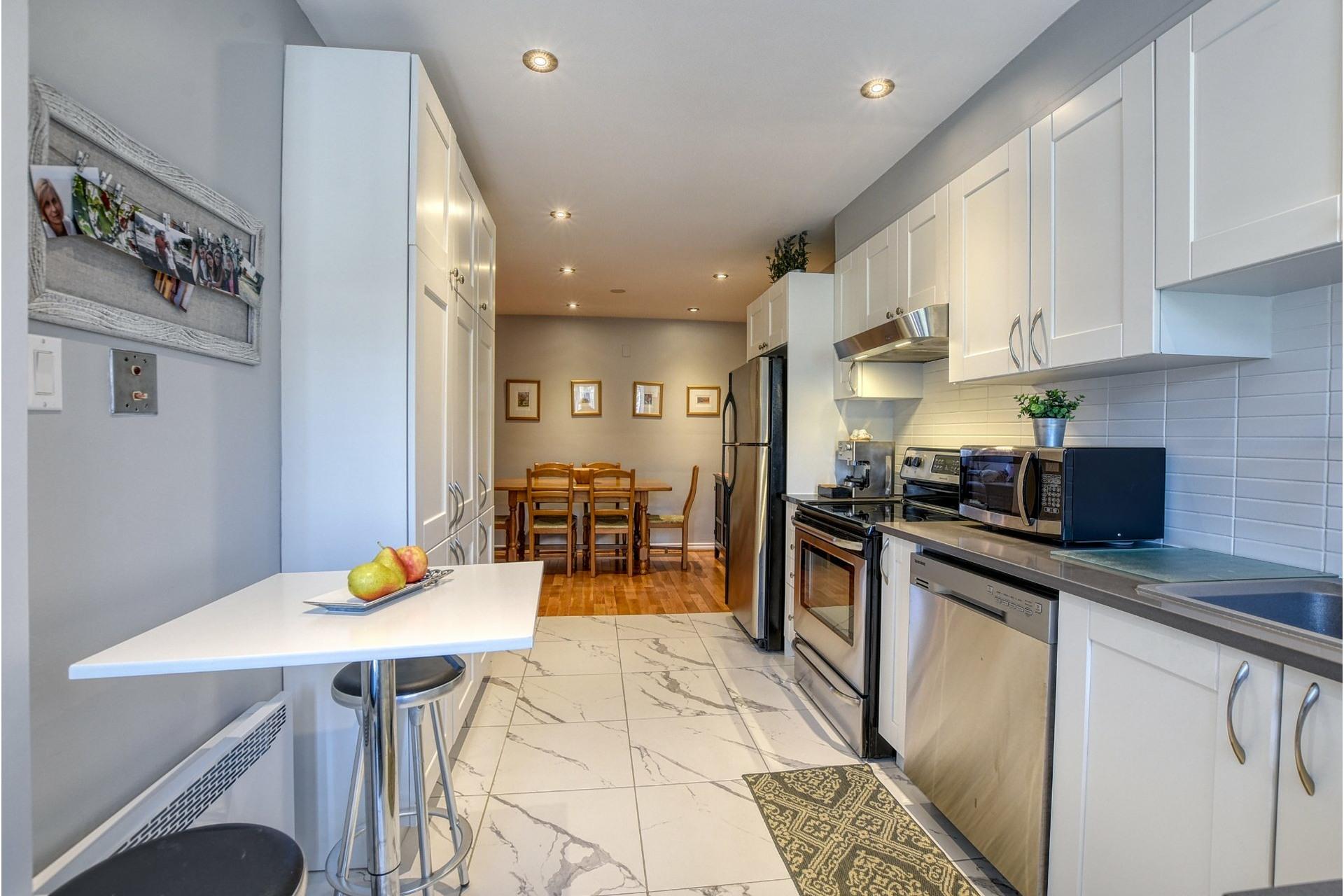 image 10 - Duplex À vendre Ahuntsic-Cartierville Montréal  - 9 pièces