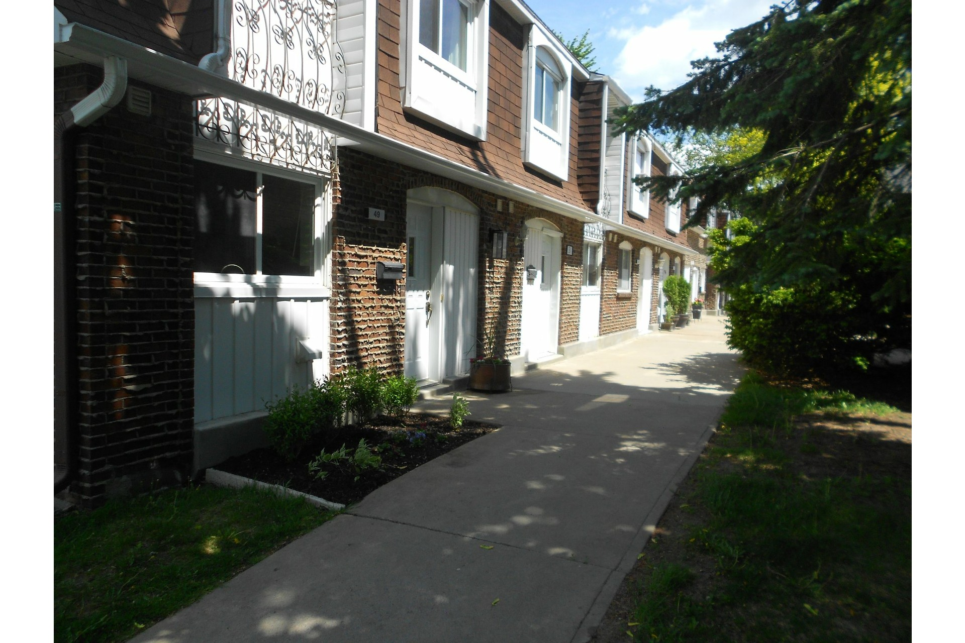 image 4 - House For sale Dollard-Des Ormeaux - 7 rooms
