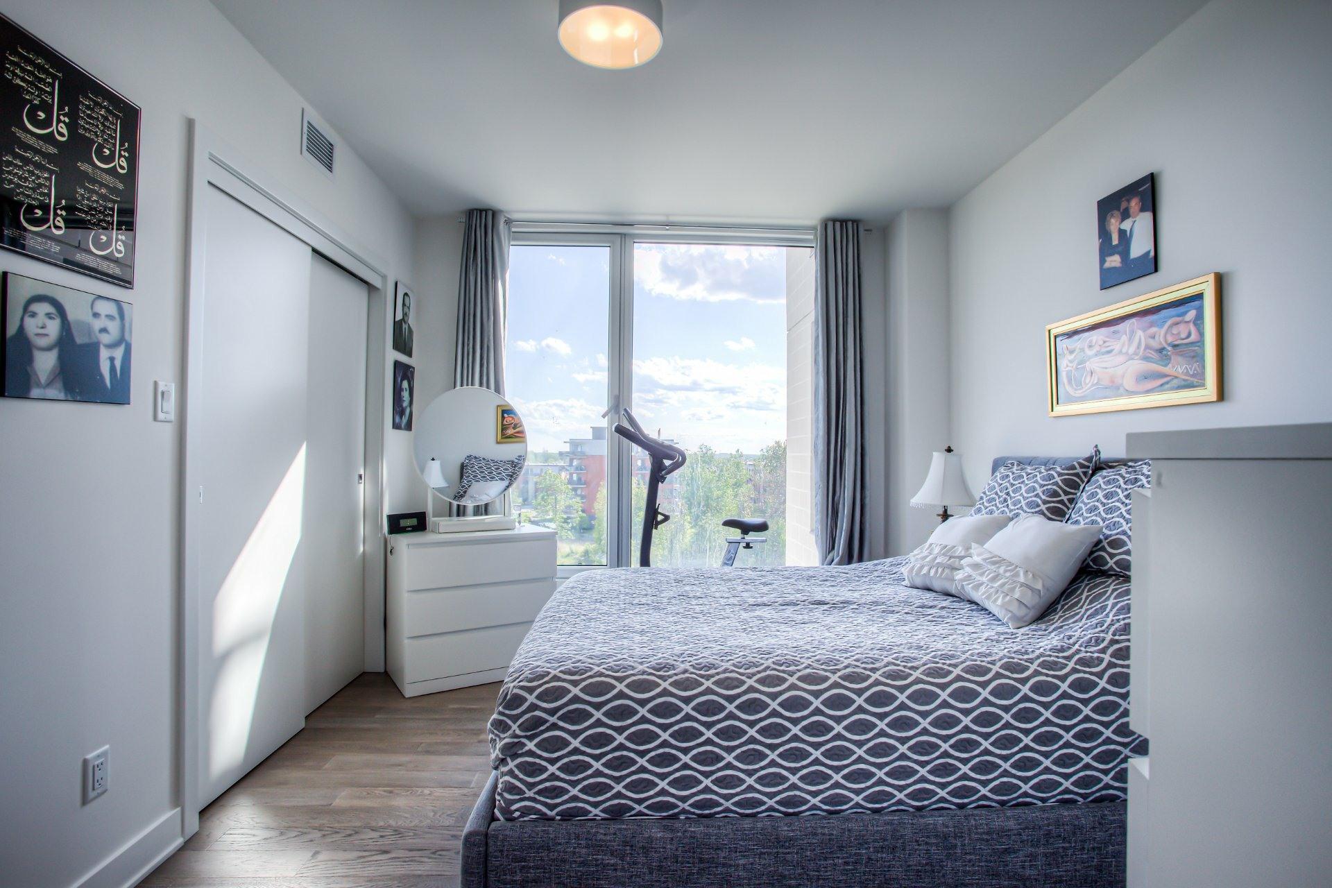 image 16 - Appartement À vendre Chomedey Laval  - 10 pièces