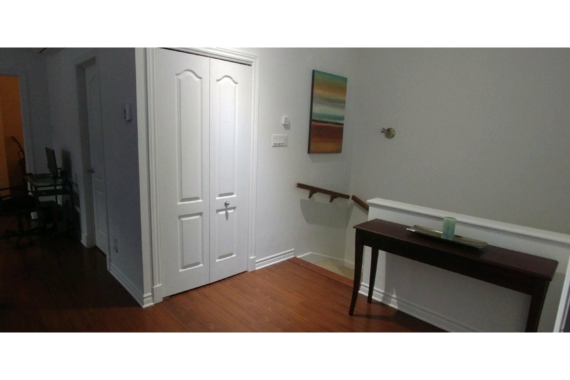 image 6 - Appartement À vendre Sainte-Dorothée Laval  - 7 pièces