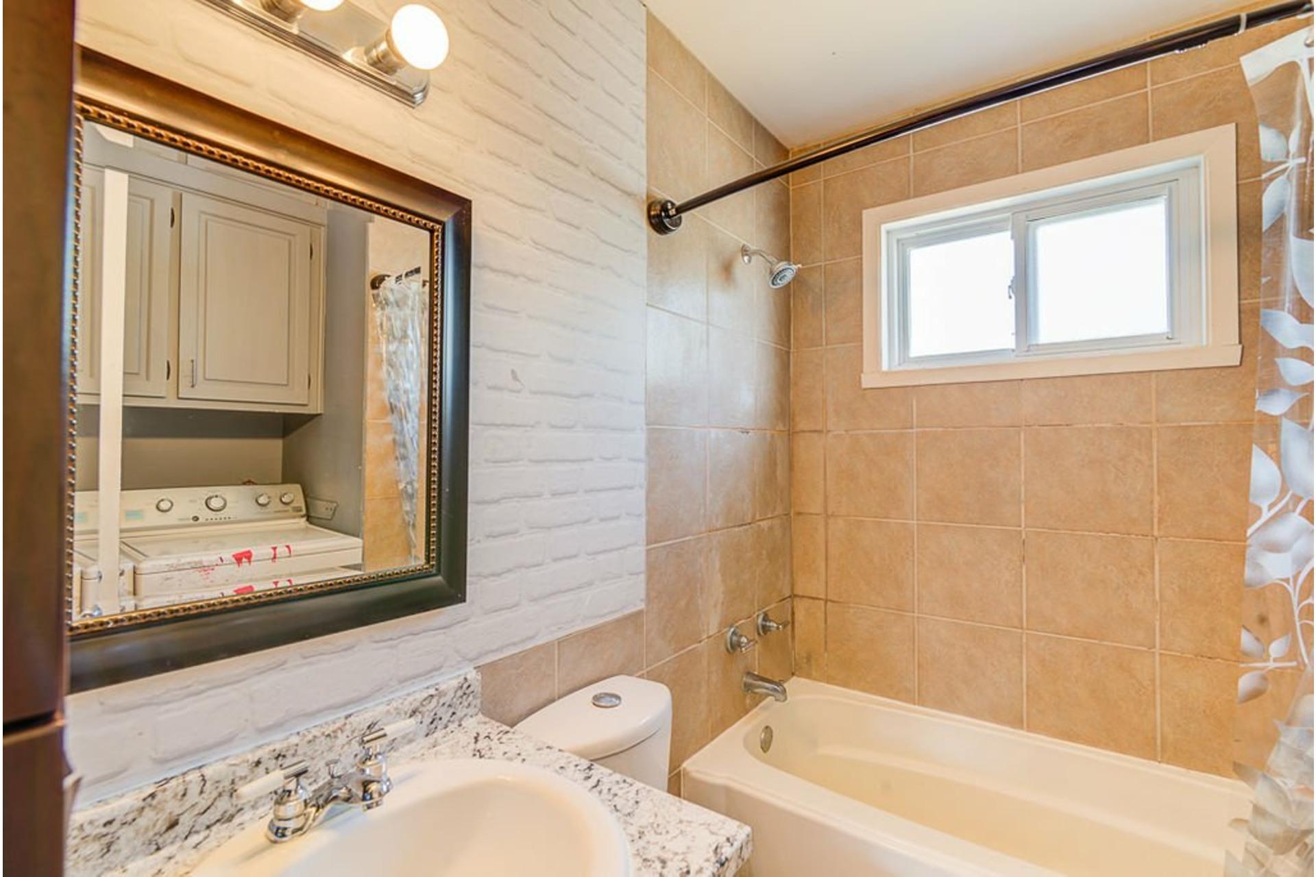 image 20 - Maison À vendre Sainte-Anne-des-Plaines - 13 pièces