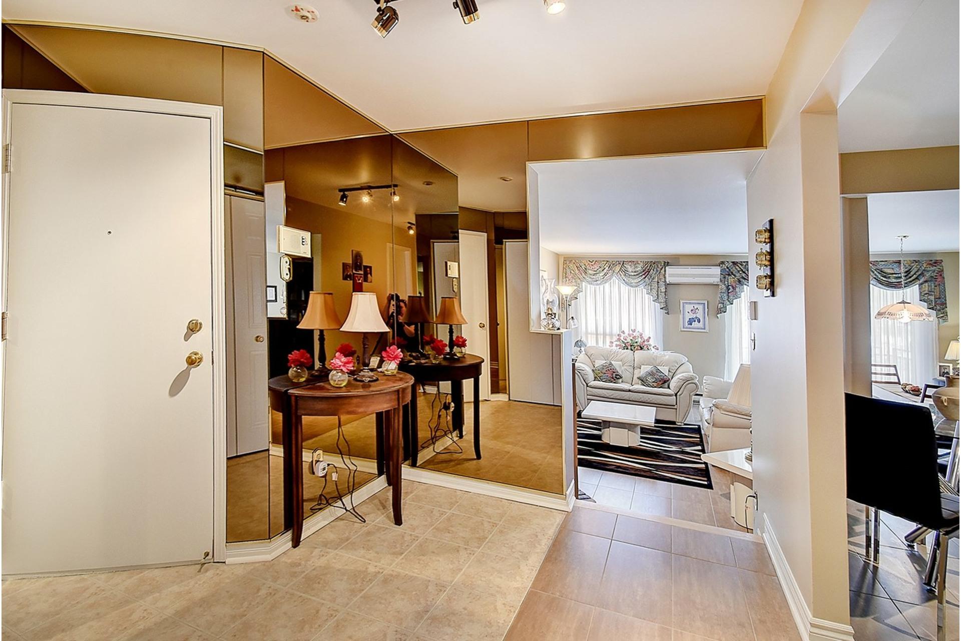 image 2 - Appartement À vendre LaSalle Montréal  - 7 pièces