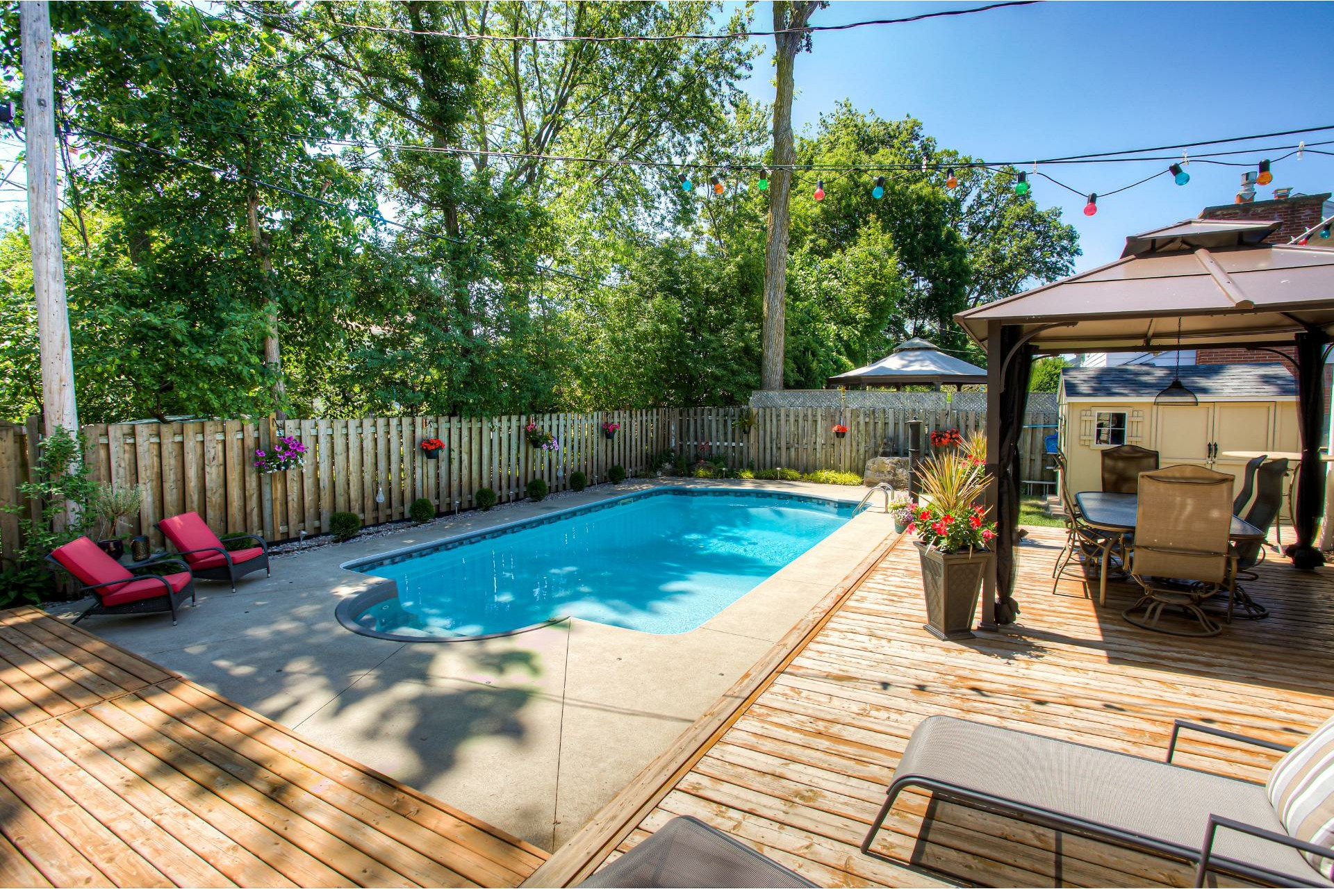 image 22 - House For sale Kirkland - 13 rooms