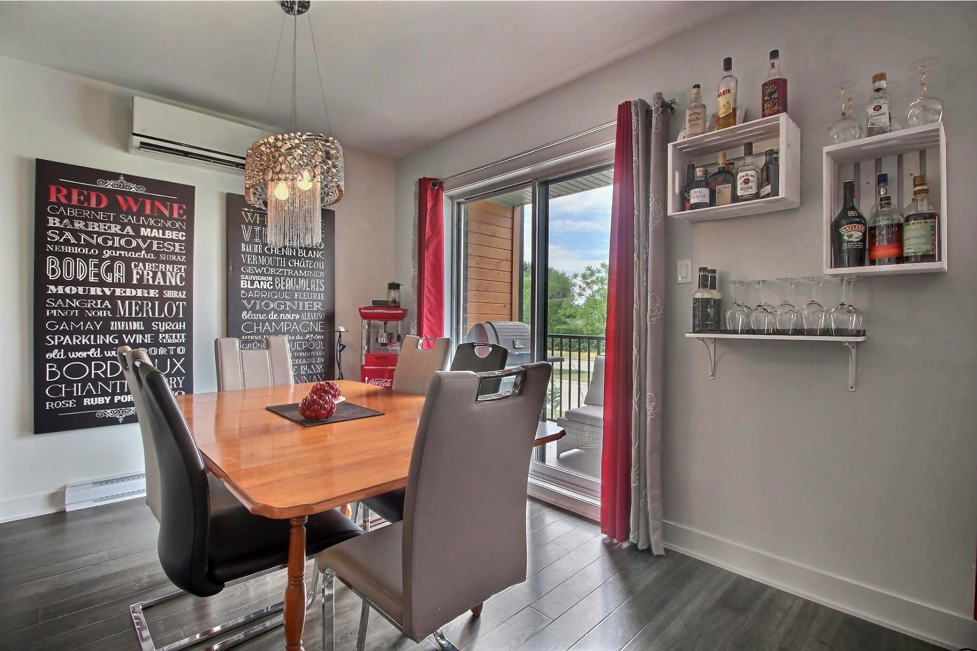 image 4 - Apartment For sale Rivière-des-Prairies/Pointe-aux-Trembles Montréal  - 9 rooms