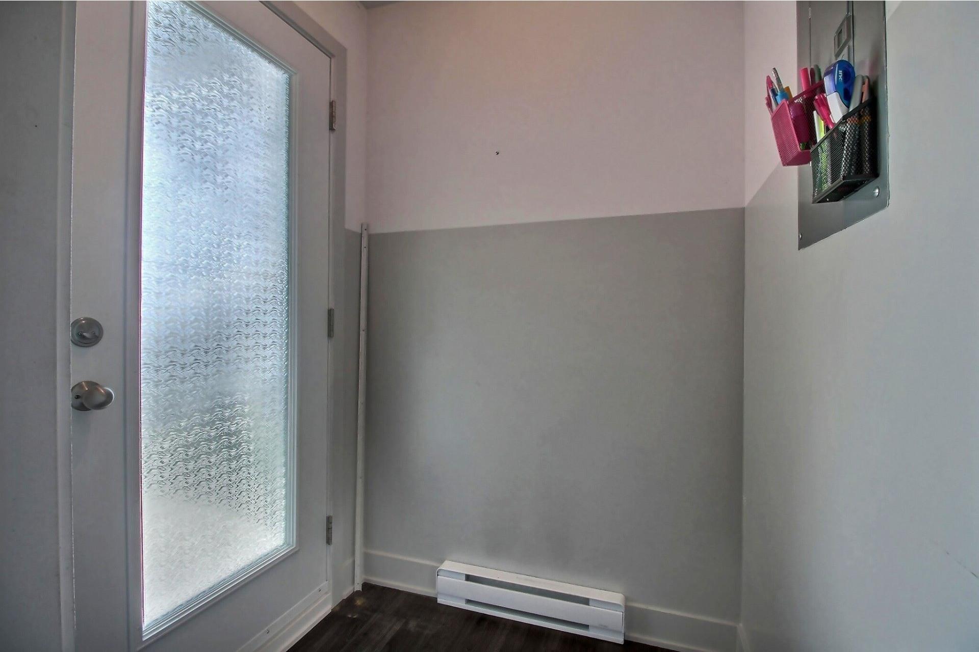 image 12 - Apartment For sale Rivière-des-Prairies/Pointe-aux-Trembles Montréal  - 9 rooms