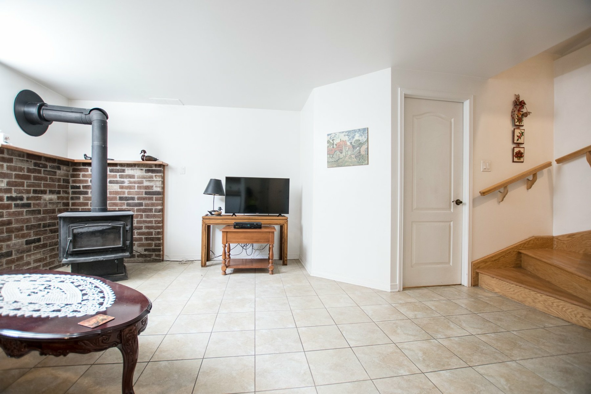 image 18 - House For sale Châteauguay - 10 rooms