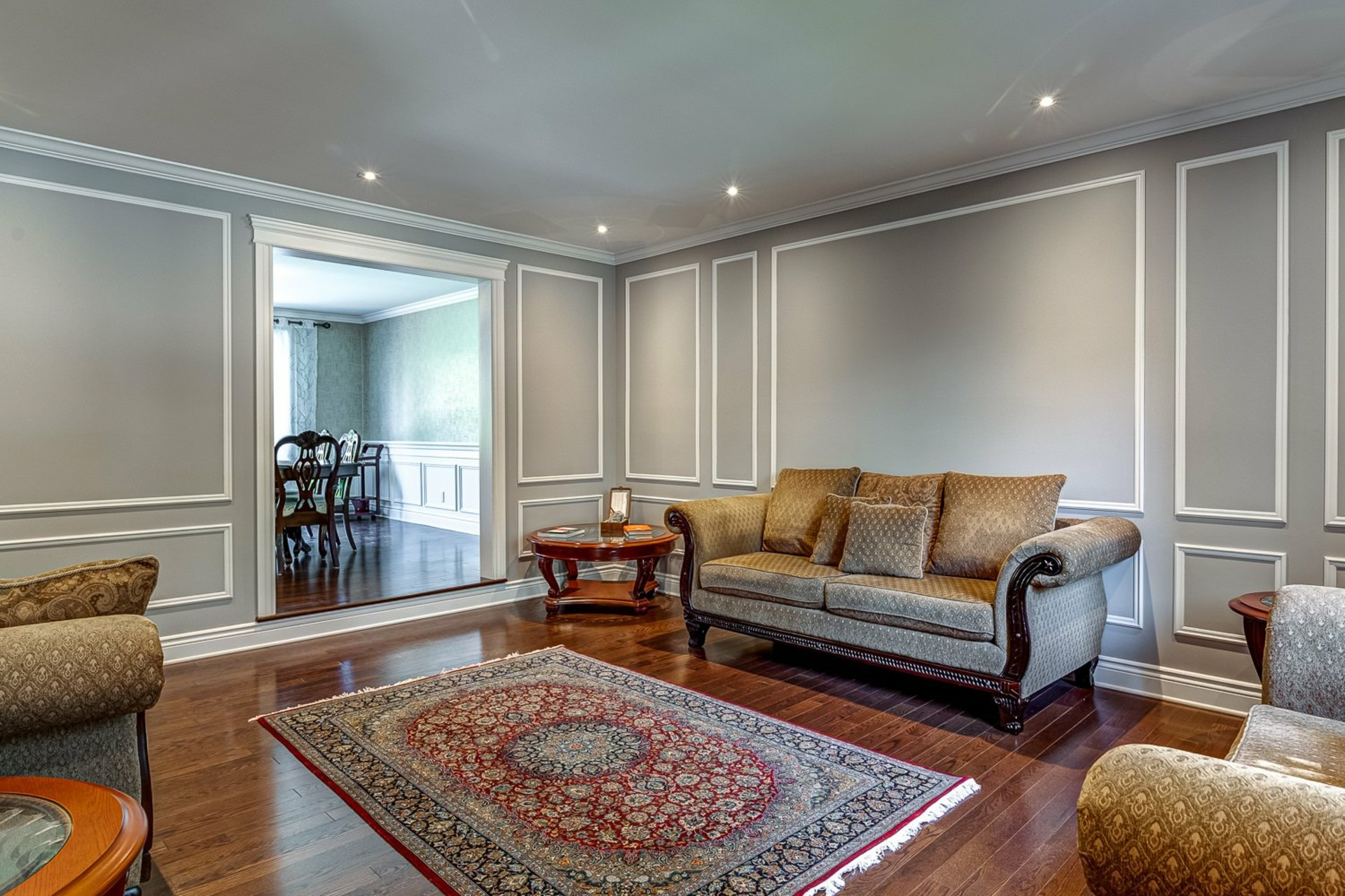 image 2 - House For sale Beaconsfield - 11 rooms