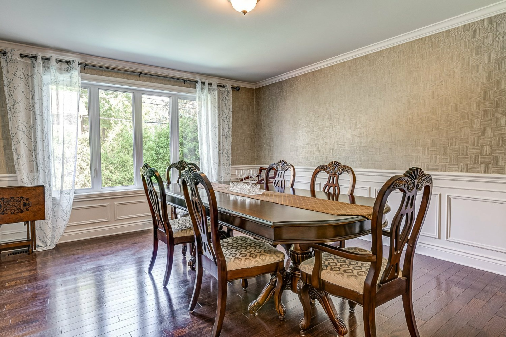 image 4 - House For sale Beaconsfield - 11 rooms