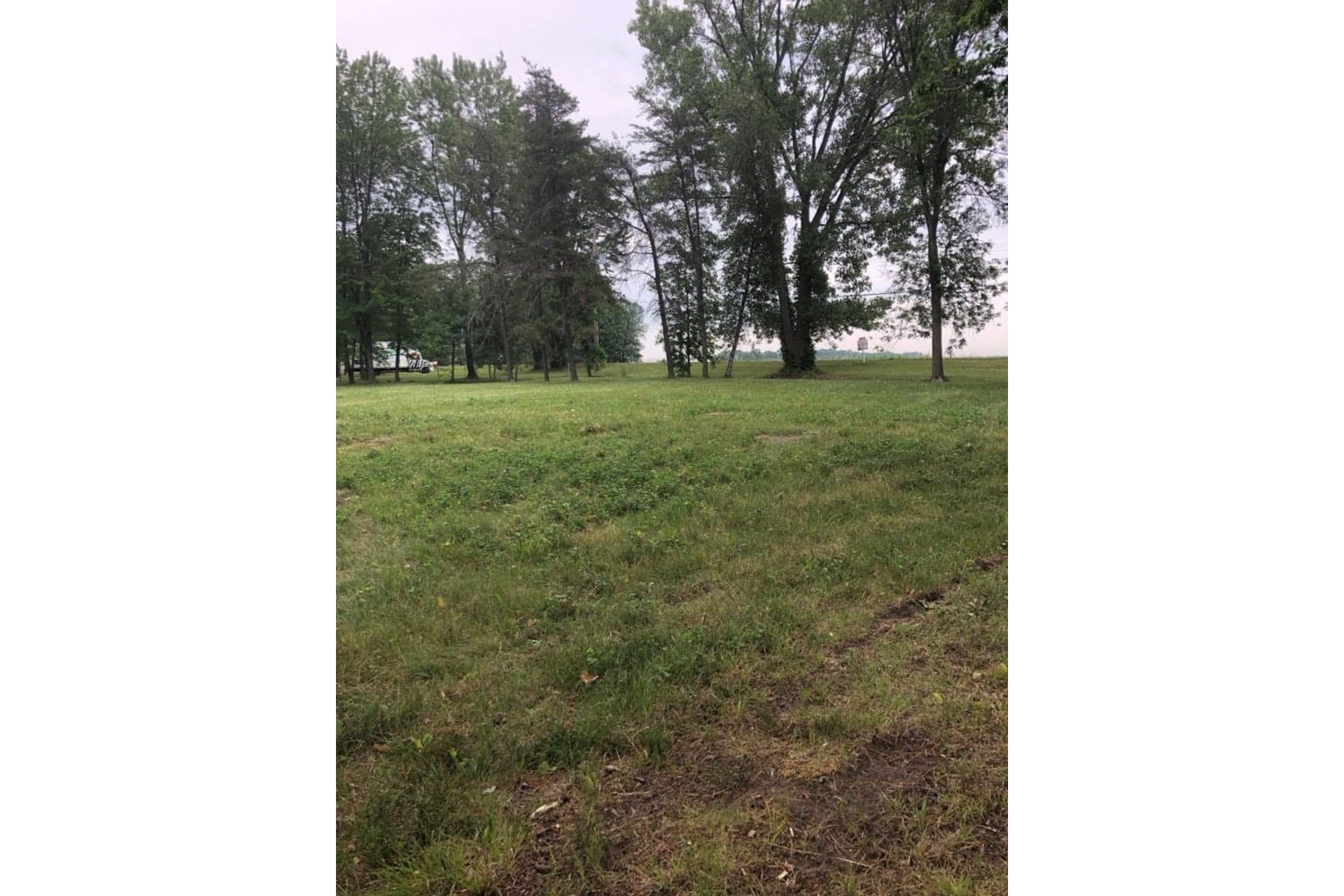 image 2 - Land For sale Nicolet