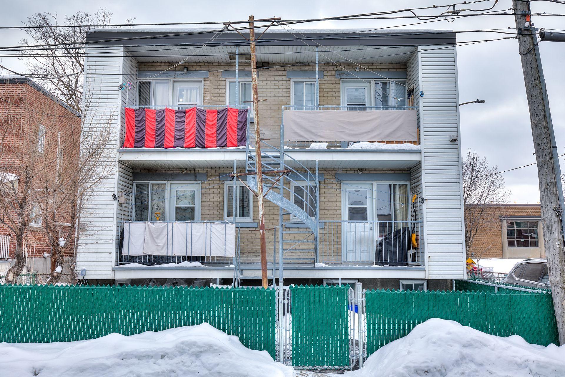 image 34 - Income property For sale Villeray/Saint-Michel/Parc-Extension Montréal  - 4 rooms
